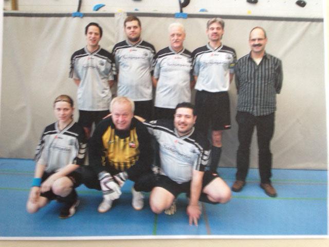 12. Int. Zugpersonal Hallenfussballturnier 10. Rang im 2013 in Luzern
