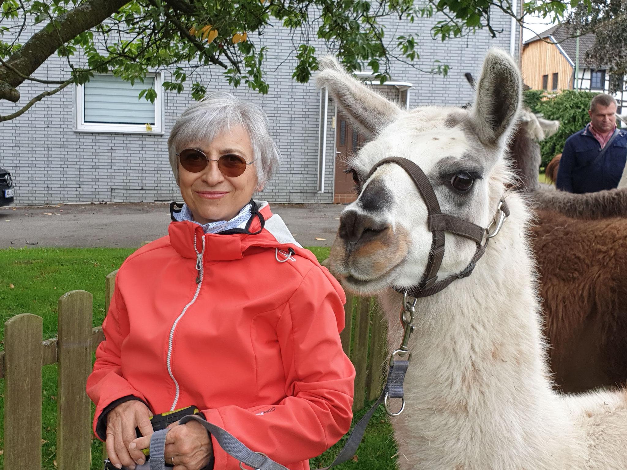 Lama Tour in Paustenbach
