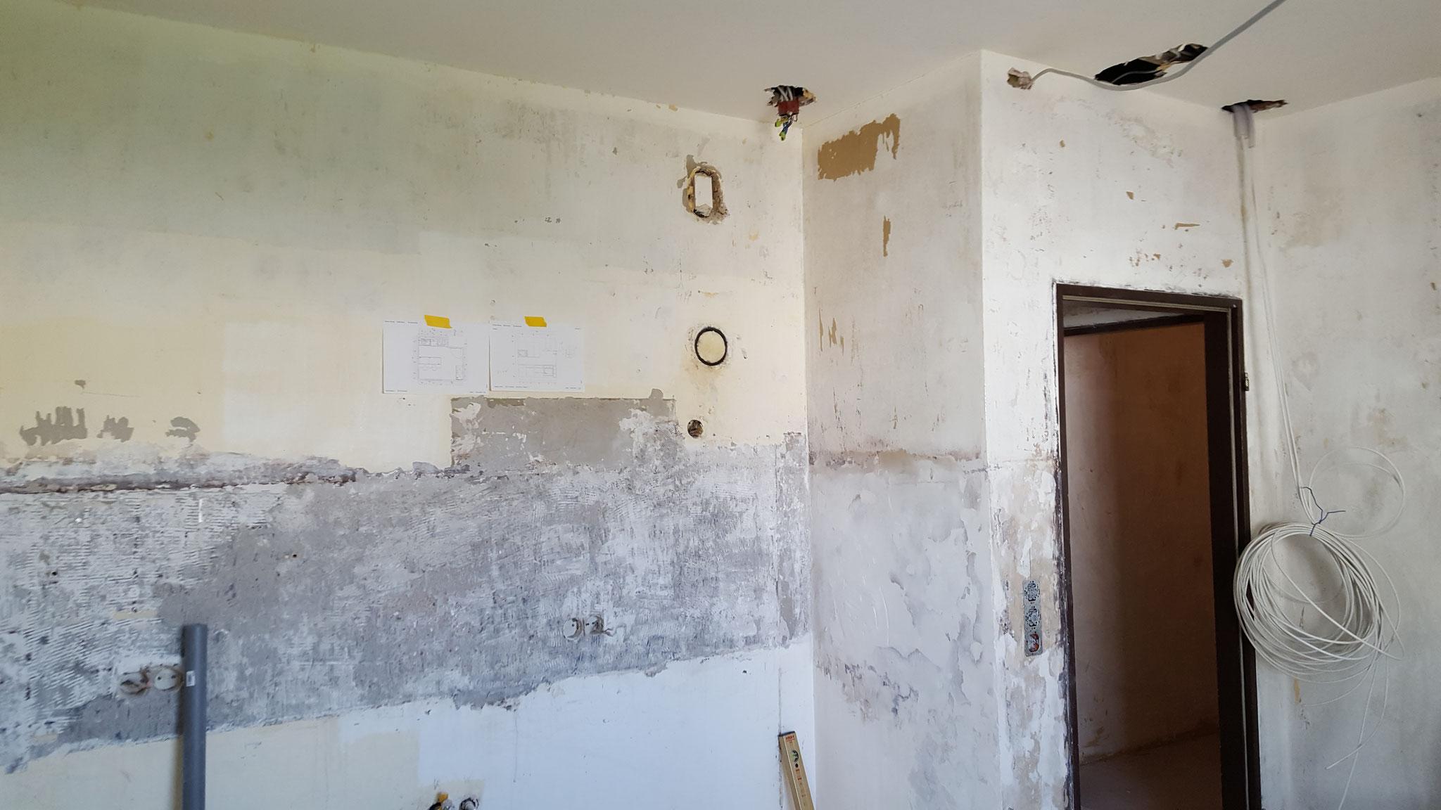 Elektrik der neuen Küche angepaßt