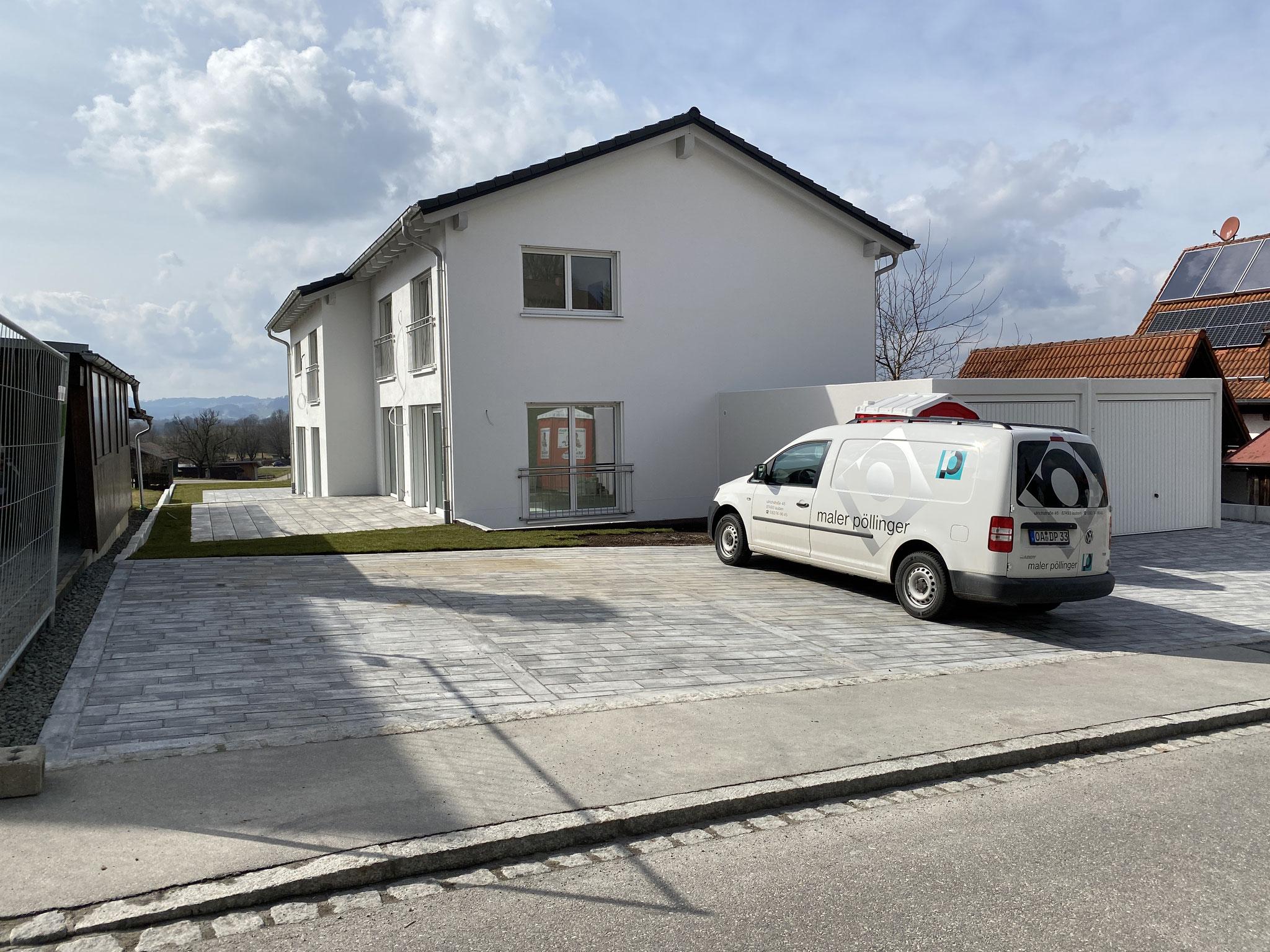 BV: Durach Schlüsselfertiges DHH mit Garagen