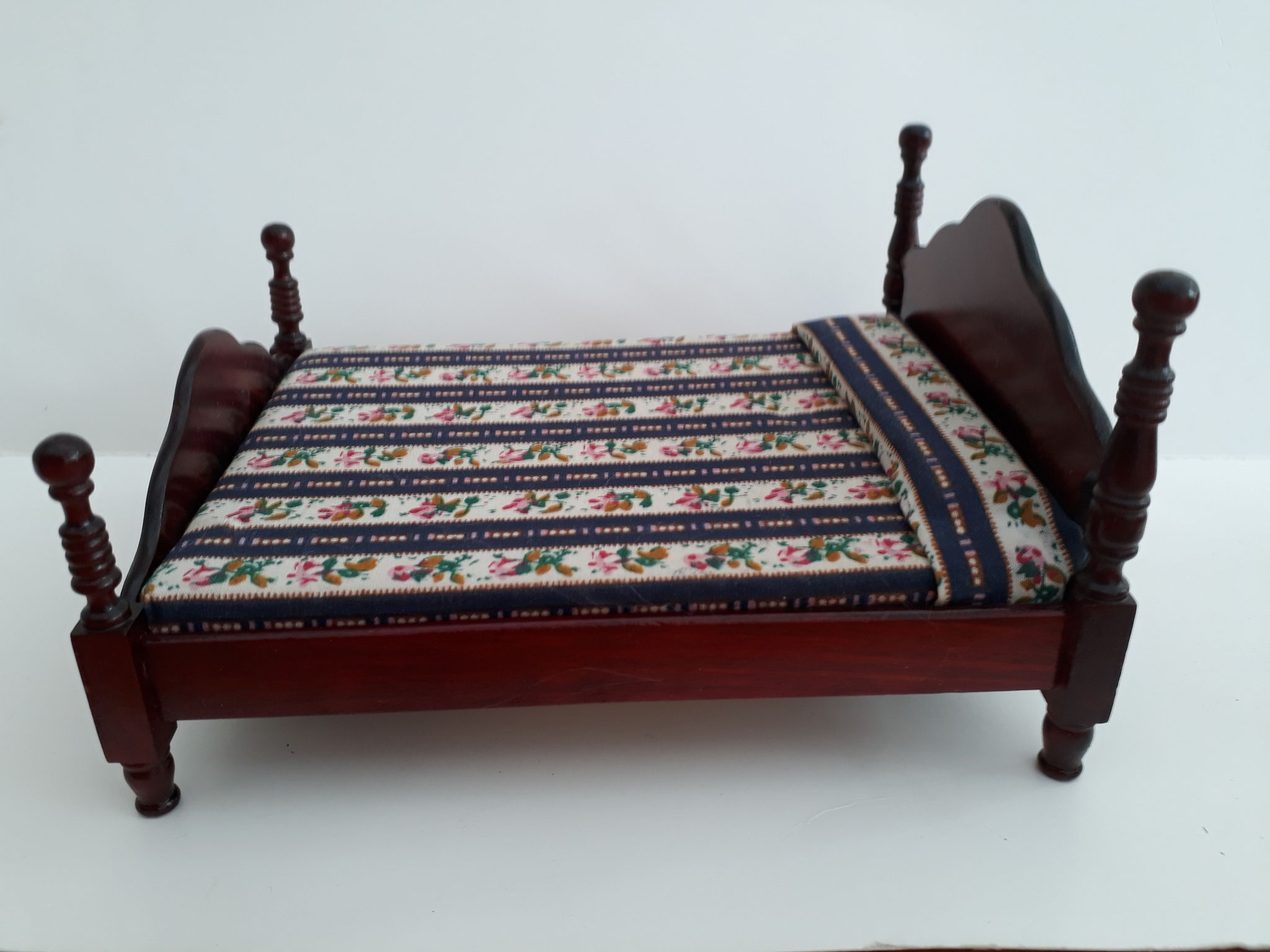 Mahogany Double Bed