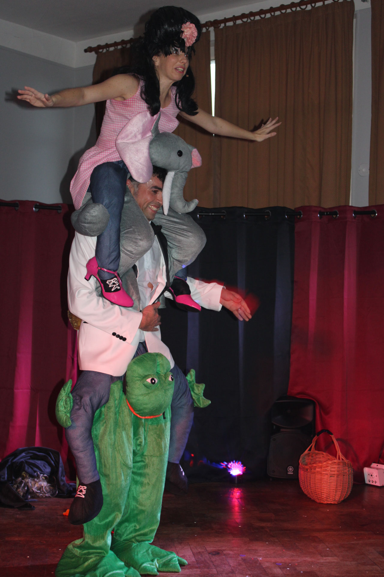 Fin du spectacle avec Shirley et Dino