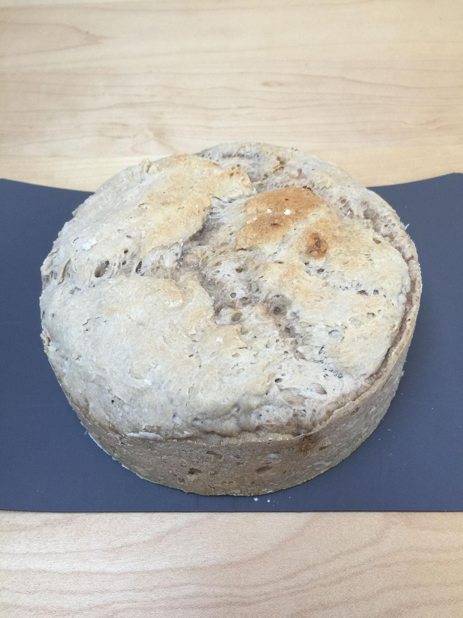.... und jeden 2. Tag backen wir ein Brot