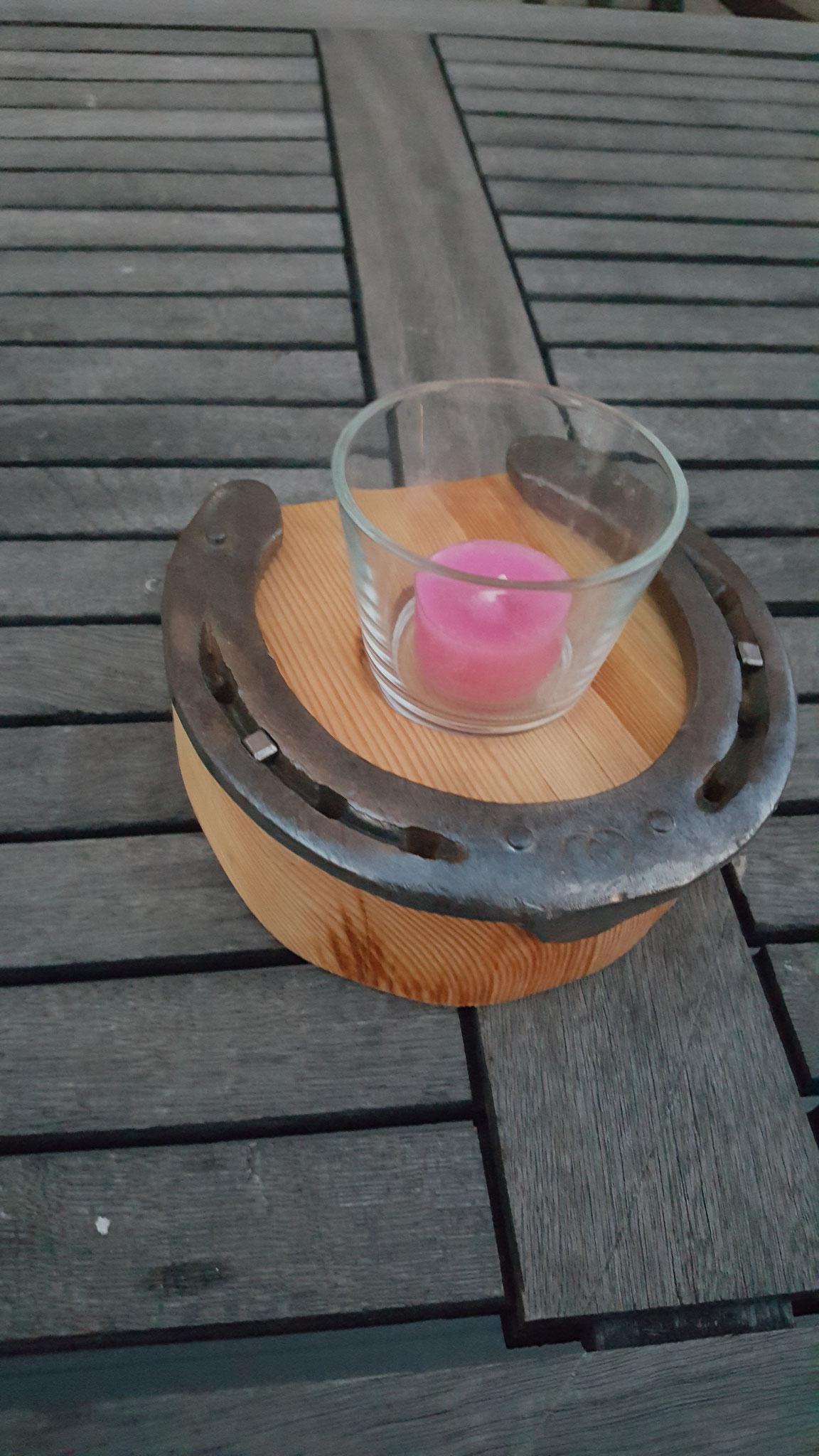 Teelicht/Kerzenhalter mit orig. Hufeisen