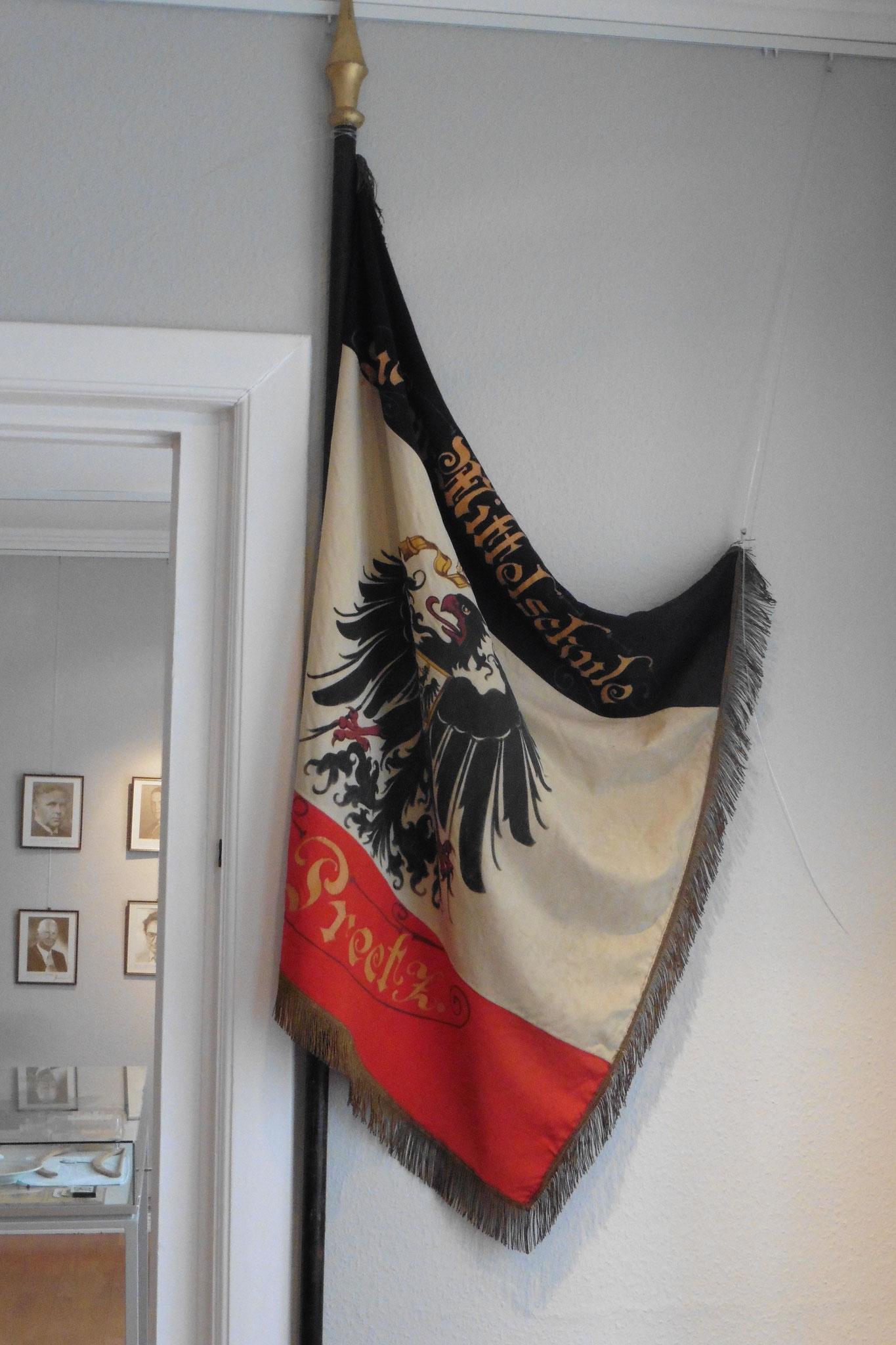 Fahne der Mittelschule in Preetz von 1933