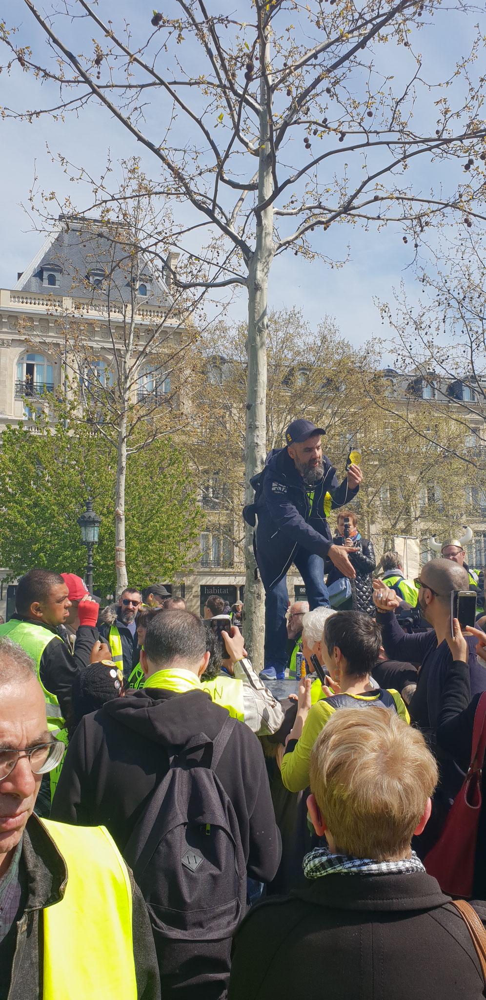 Acte 21 le 06 Avril  2019 je me rends à Paris pour y rencontrer des Journalistes www.jesuispatrick.com