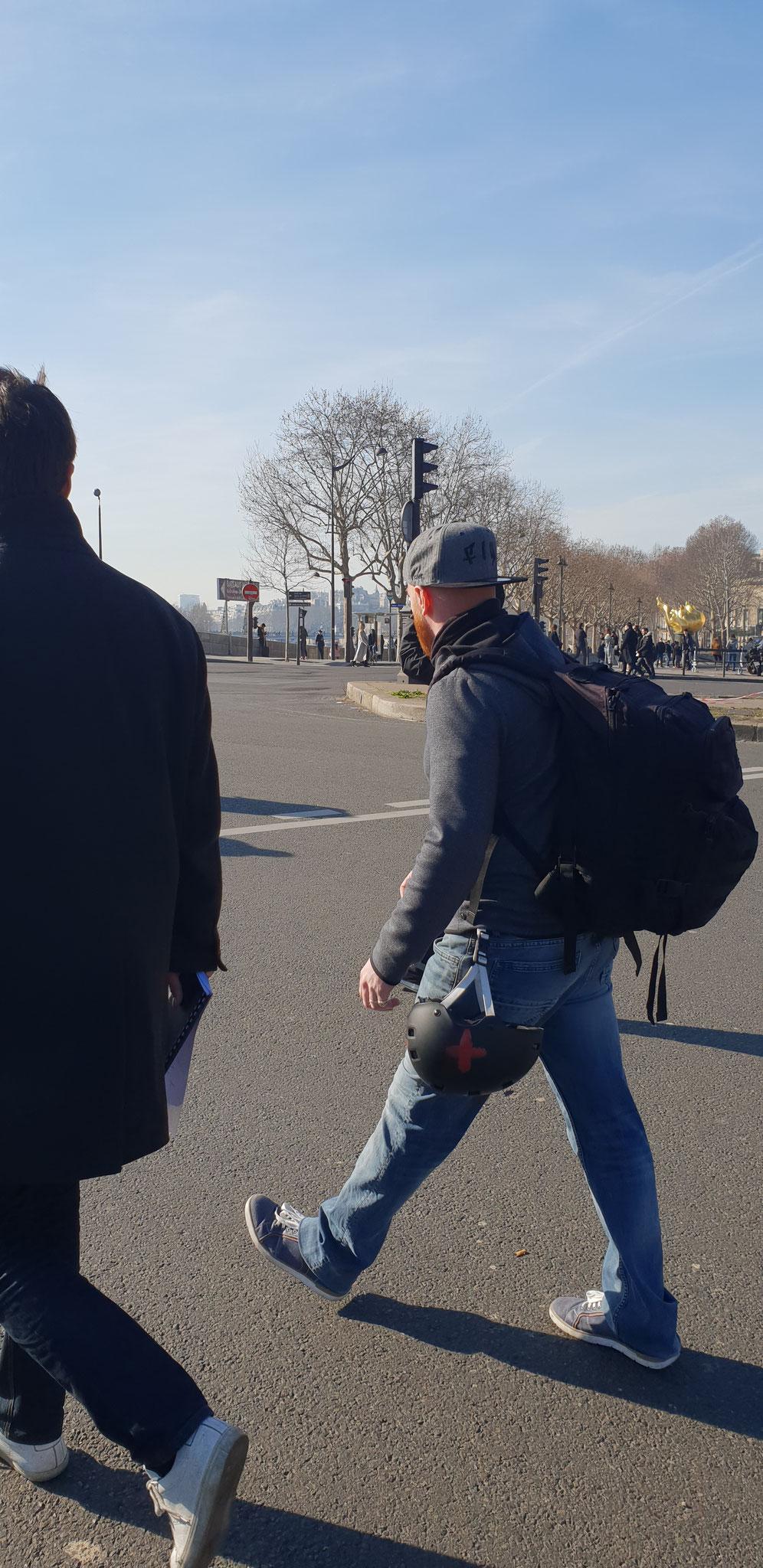 Acte 16 Le 16 Décembre 2019 je me rends à Paris pour y rencontrer des Journalistes www.jesuispatrick.com