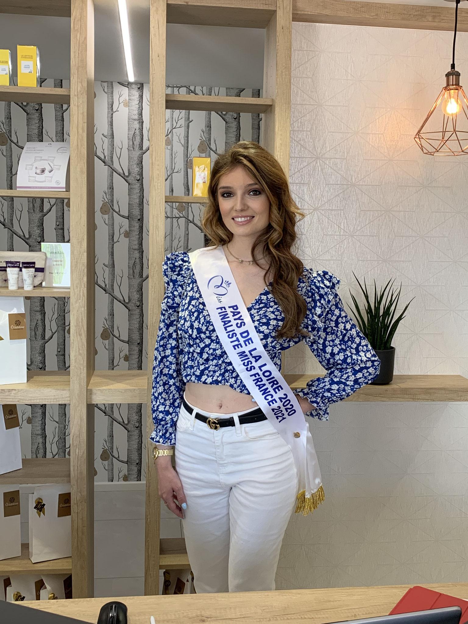 Julie Miss Pays de la Loire 2020 en visite chez Ô Sublime