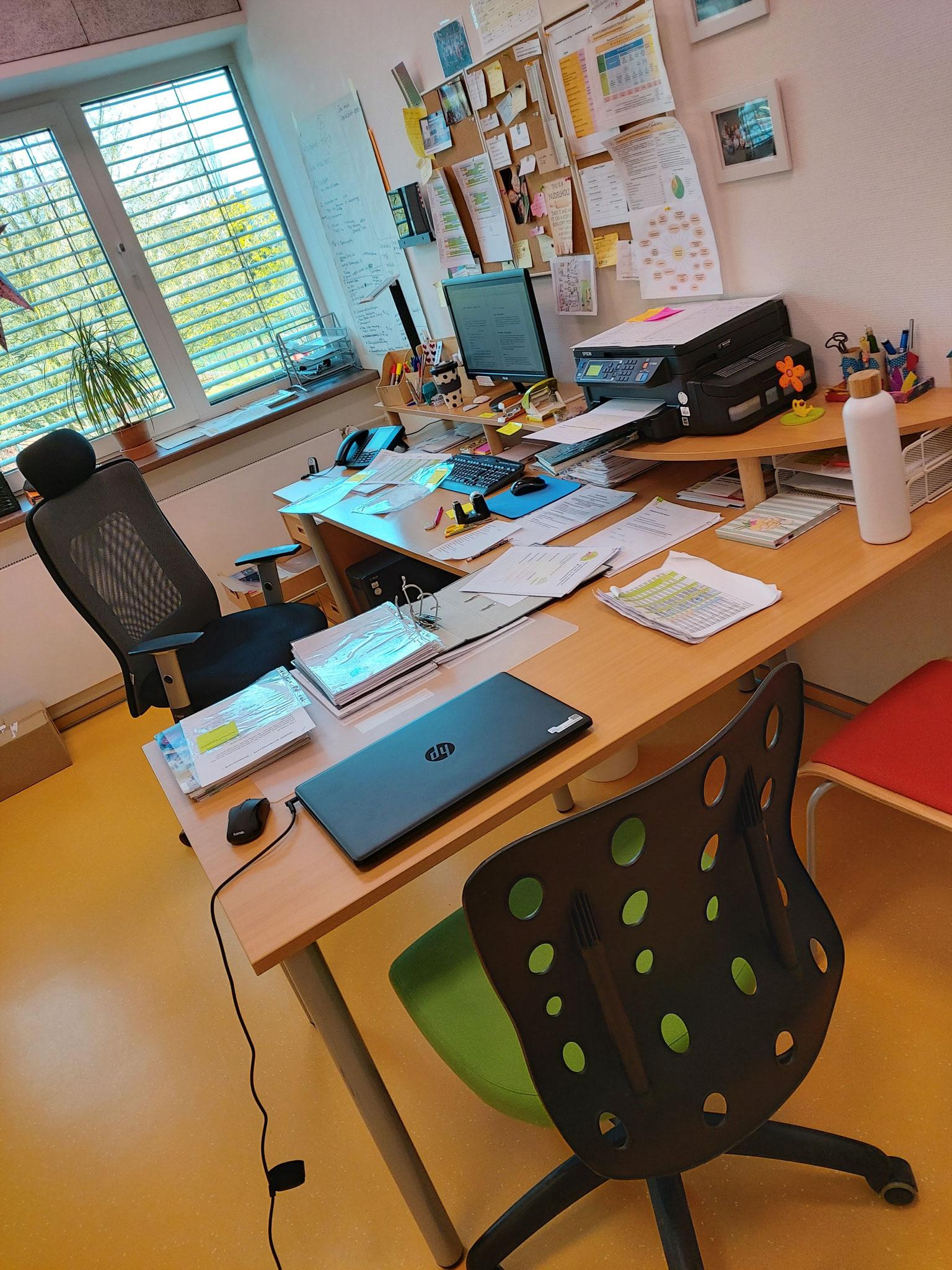 ...und im Büro wird auch einiges ausgemistet und strukturiert