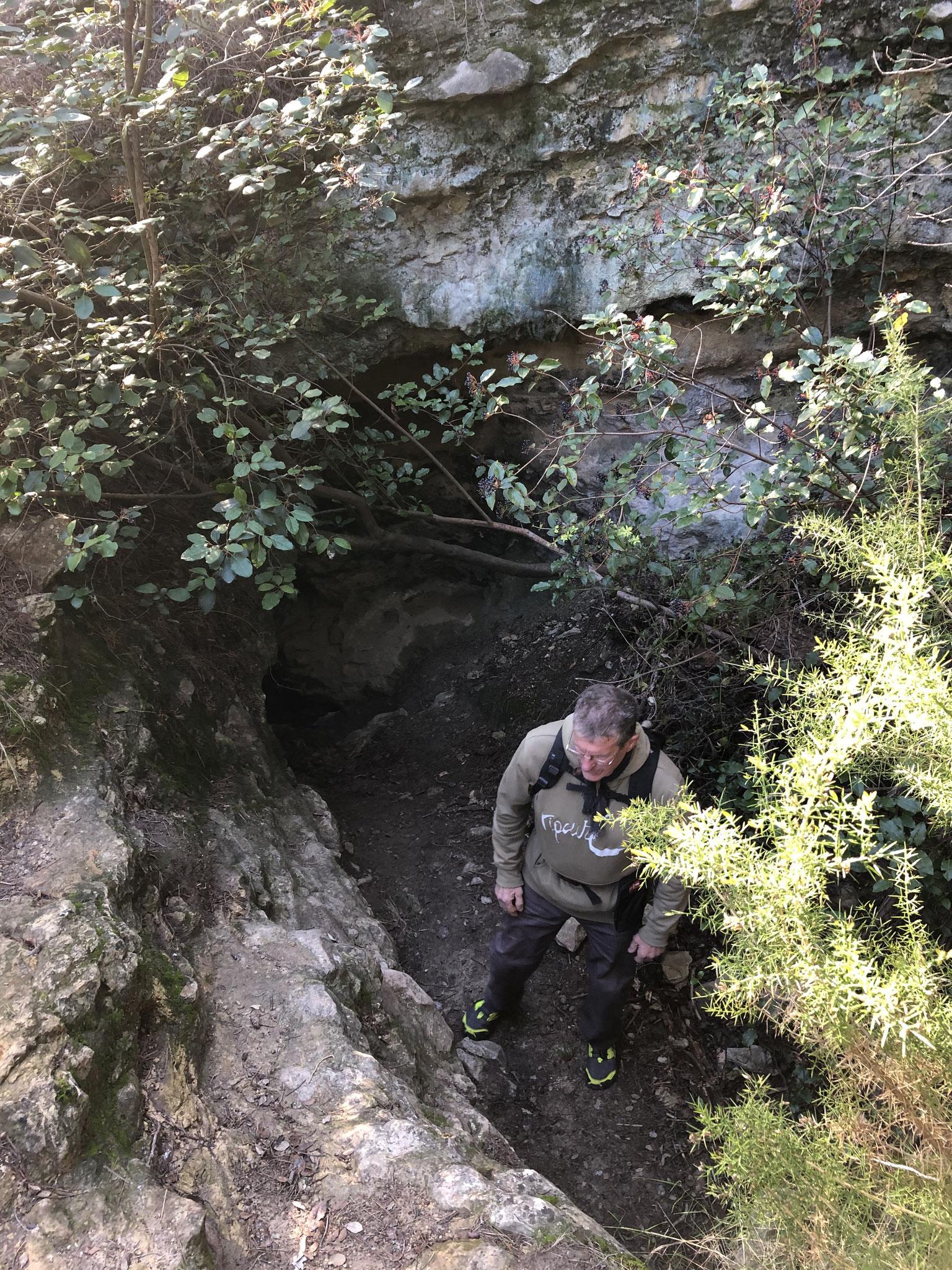 Accès à la grotte des Janots