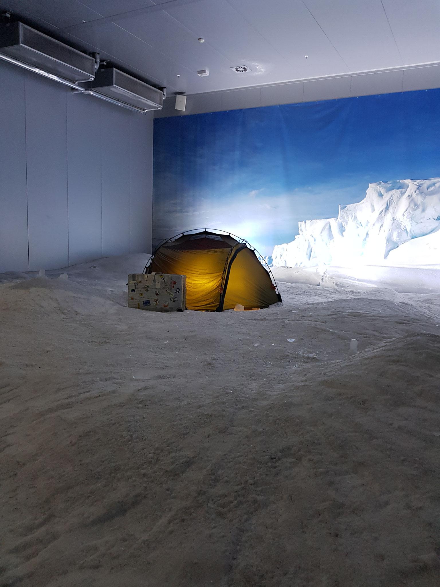 Axels Zelt bei manchmal minus 70 Grad