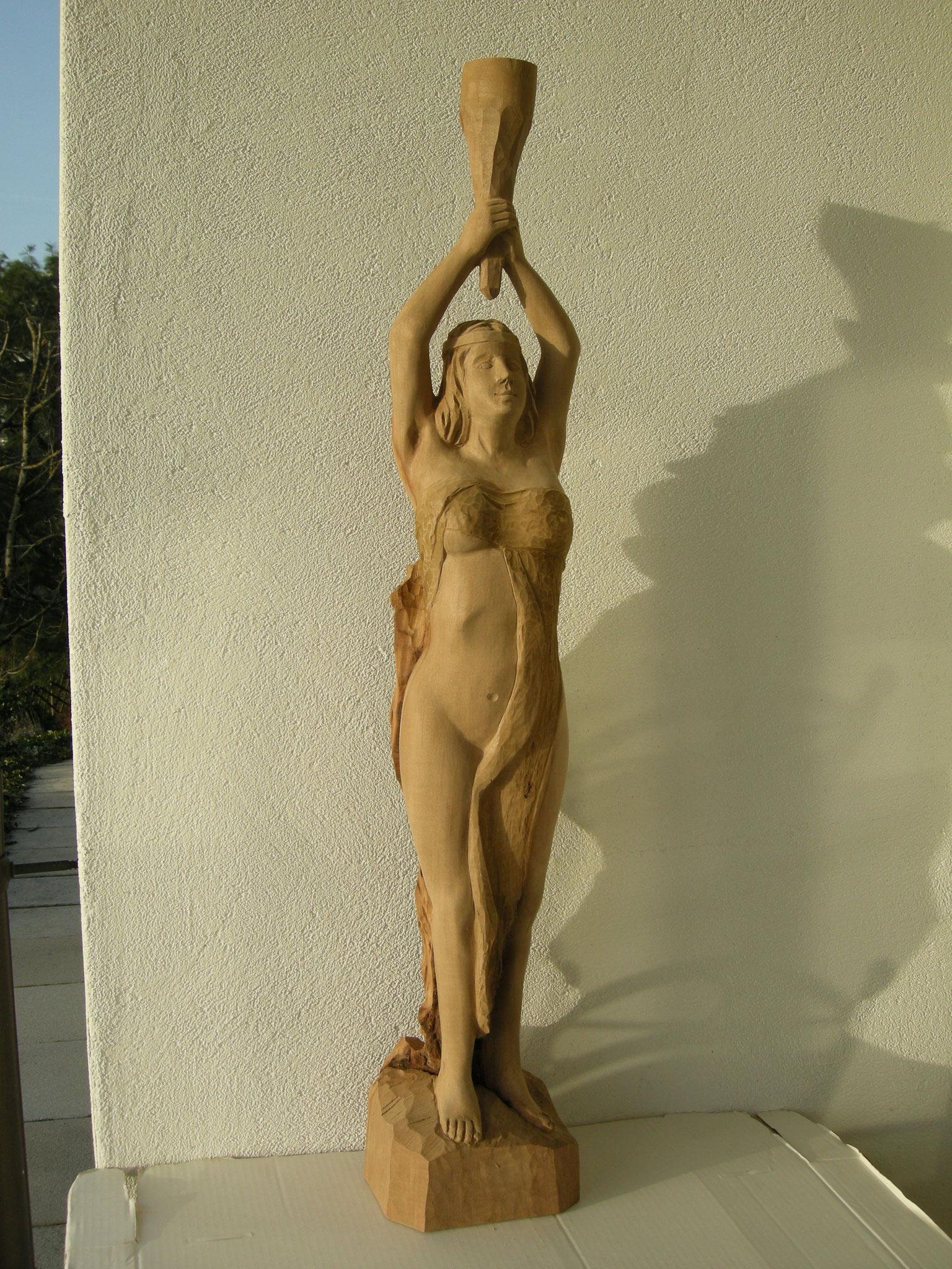 Aktschnitzerei Holzskulptur