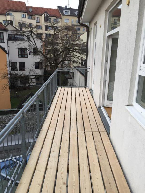 Balkonboden nachher, sibirische Lärche