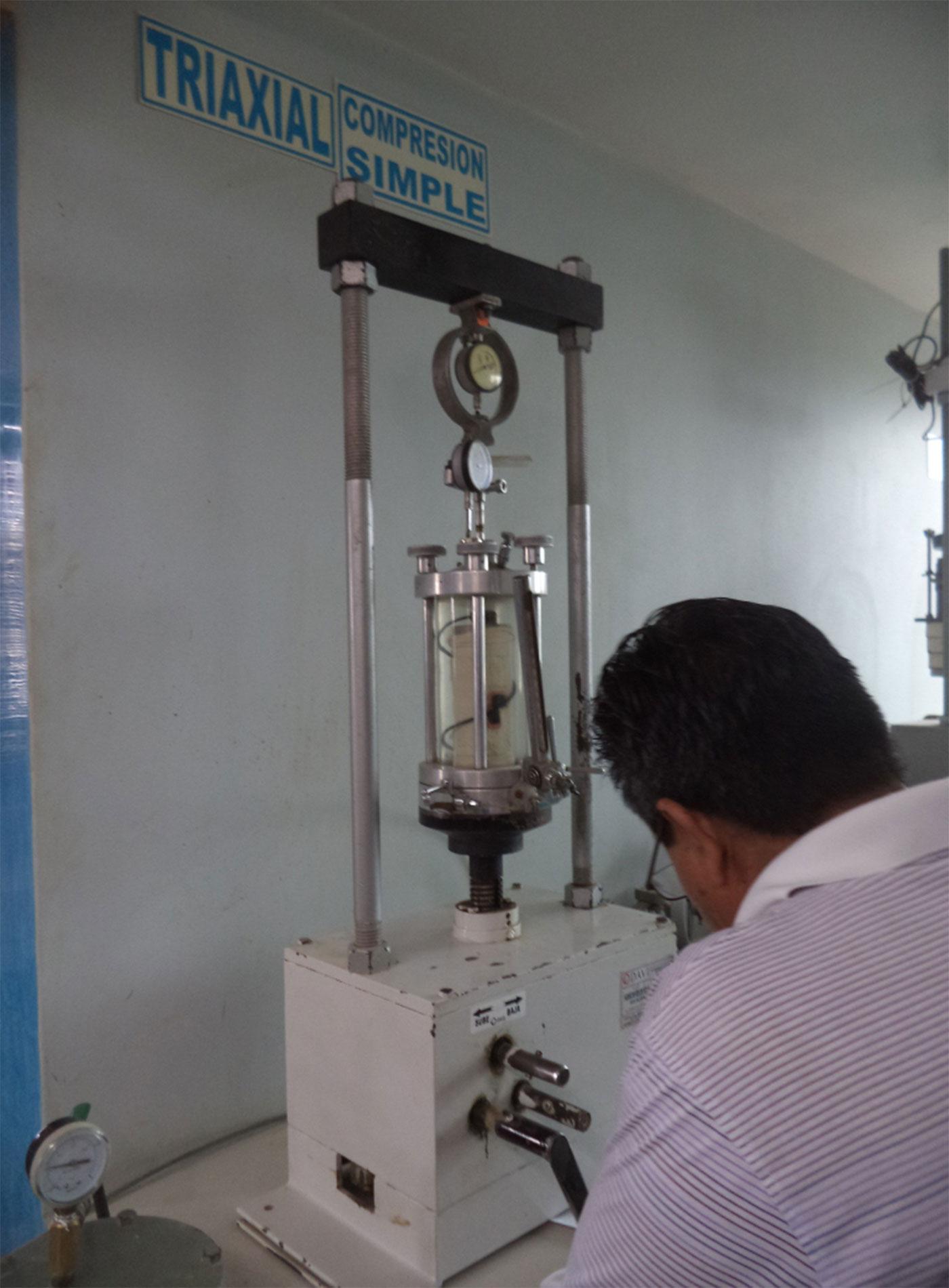 Trabajos de Laboratorio de mecánica de suelos