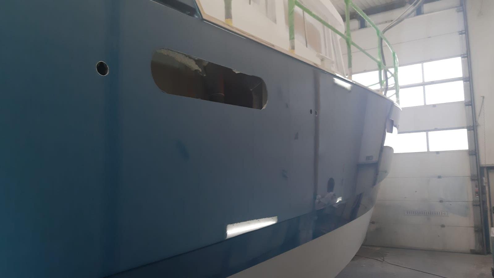 Aquanaut 400 AC/PH Freibord Luke zu Duschraum