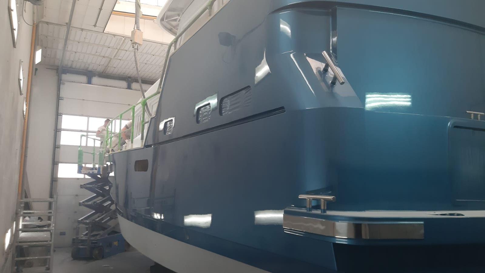 Aquanaut 400 AC/PH Heckansicht neu lackiert