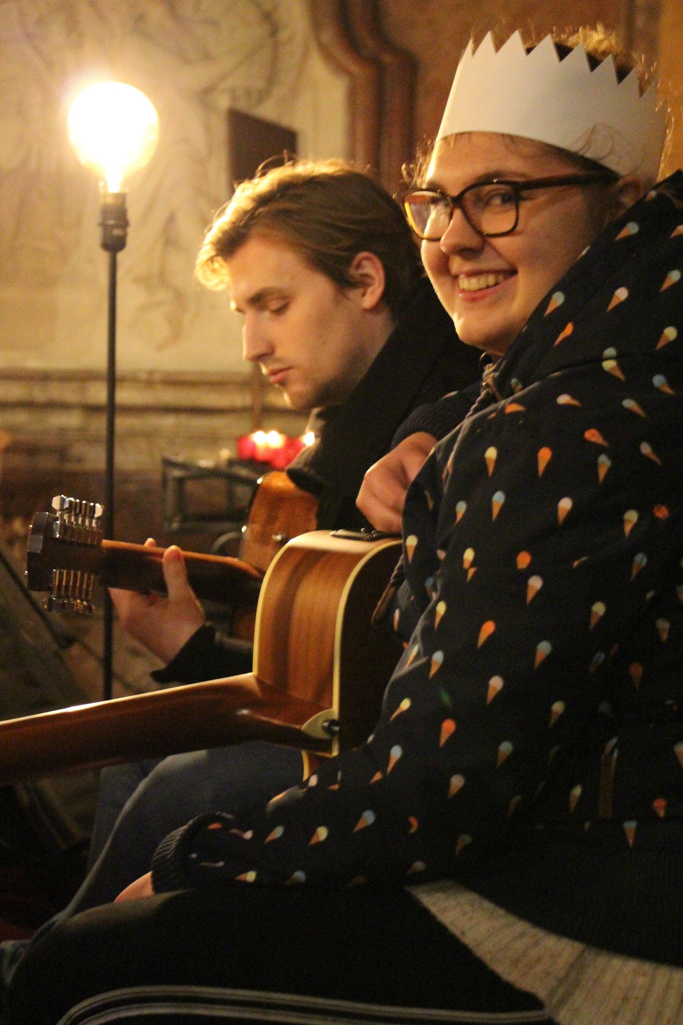 Junge Messe: Am Musizieren