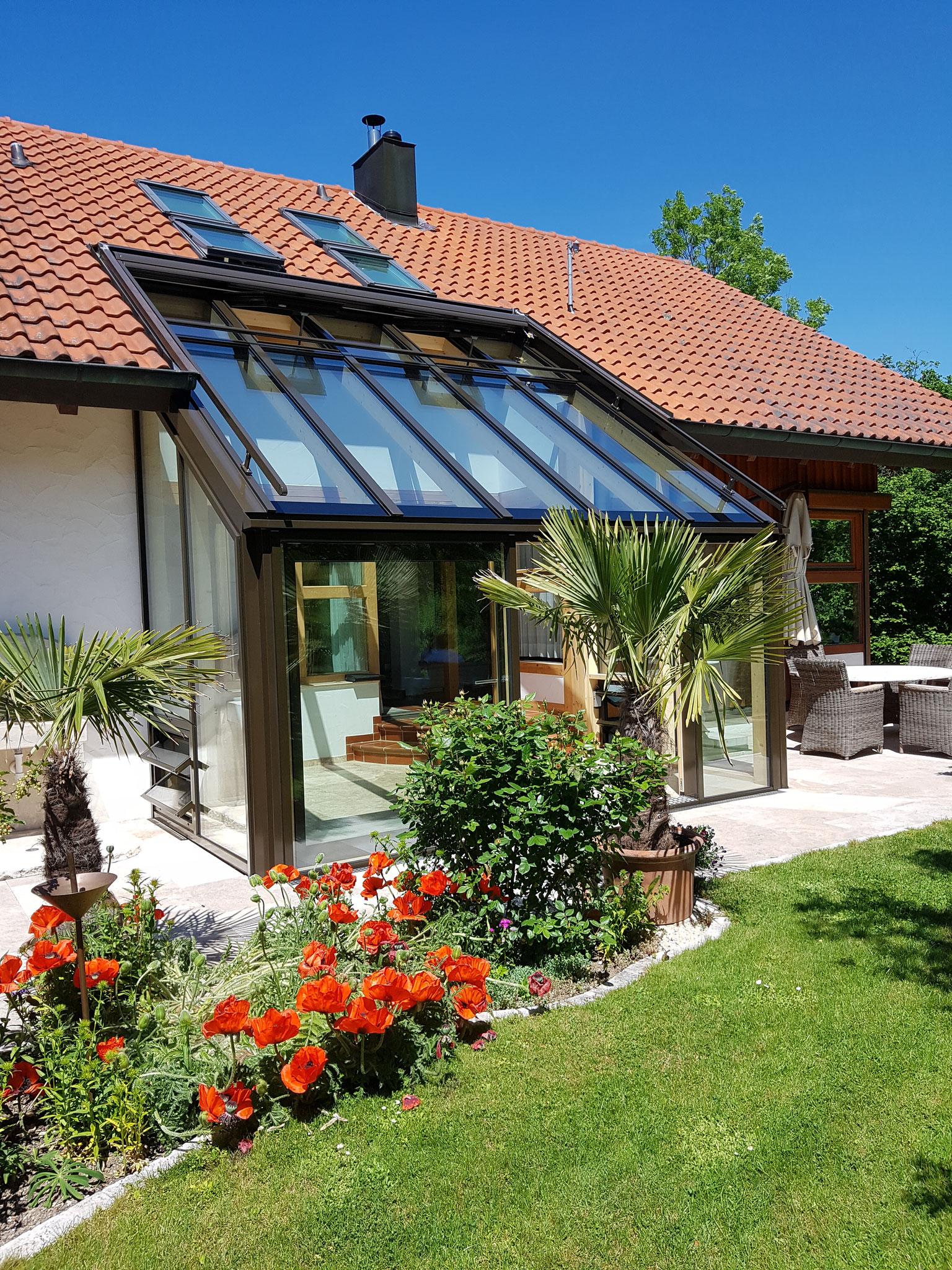 Modernisierung durch neue Farbgebung passend zum Haus