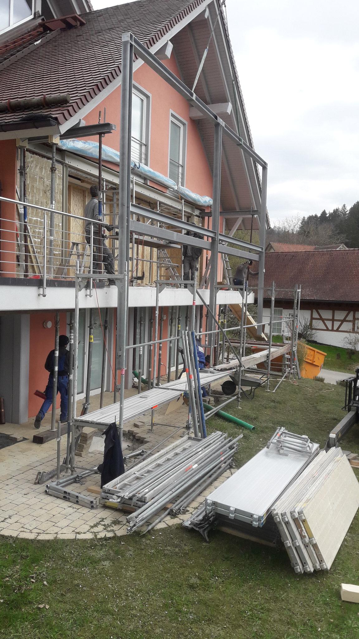 Montage der Stahlkonstruktion
