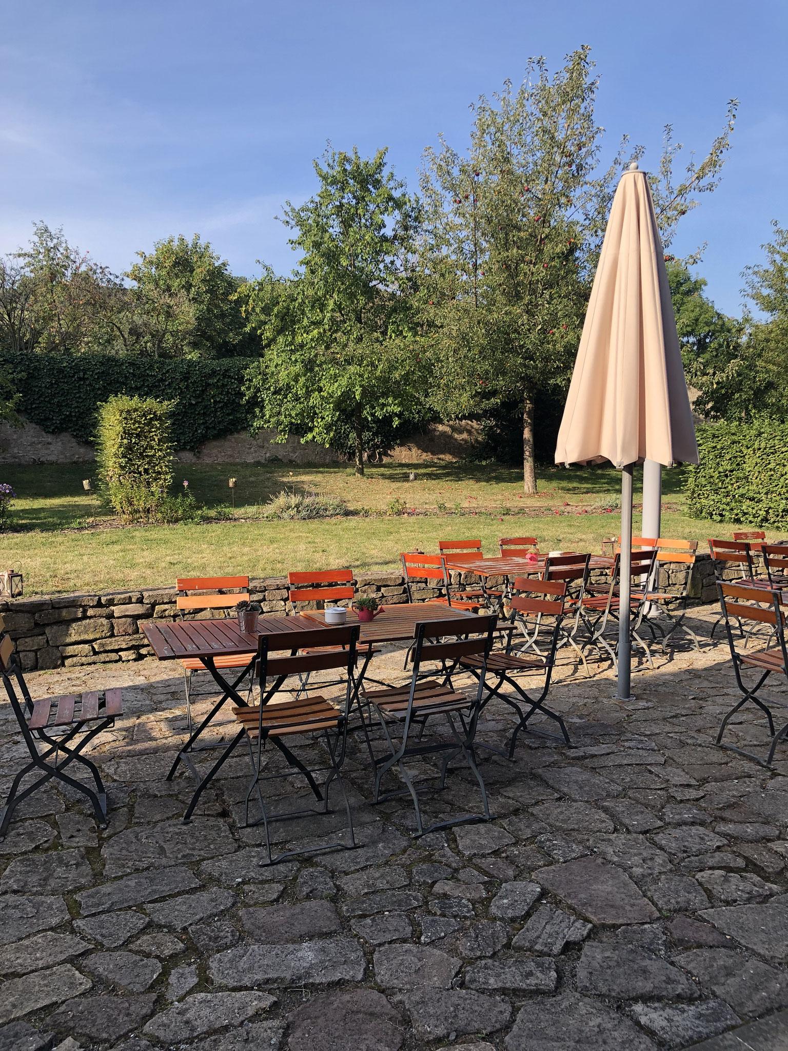 Domänenscheune  - Pausen - Garten