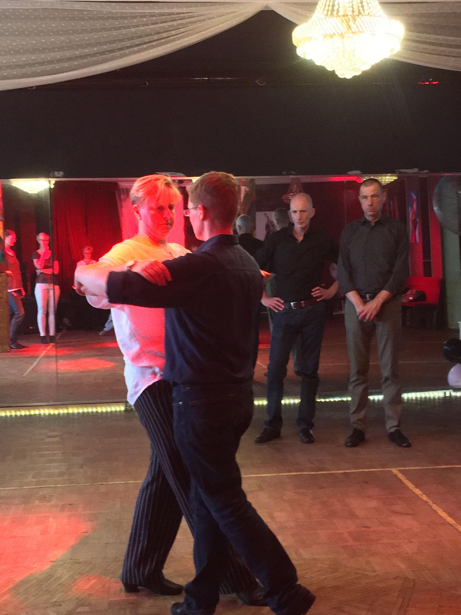 Tanzsaal der Tango Chocolate Tanzschule HH_ St. Georg - TanzTakt 1x im Monat (Pic by Denise Lau)