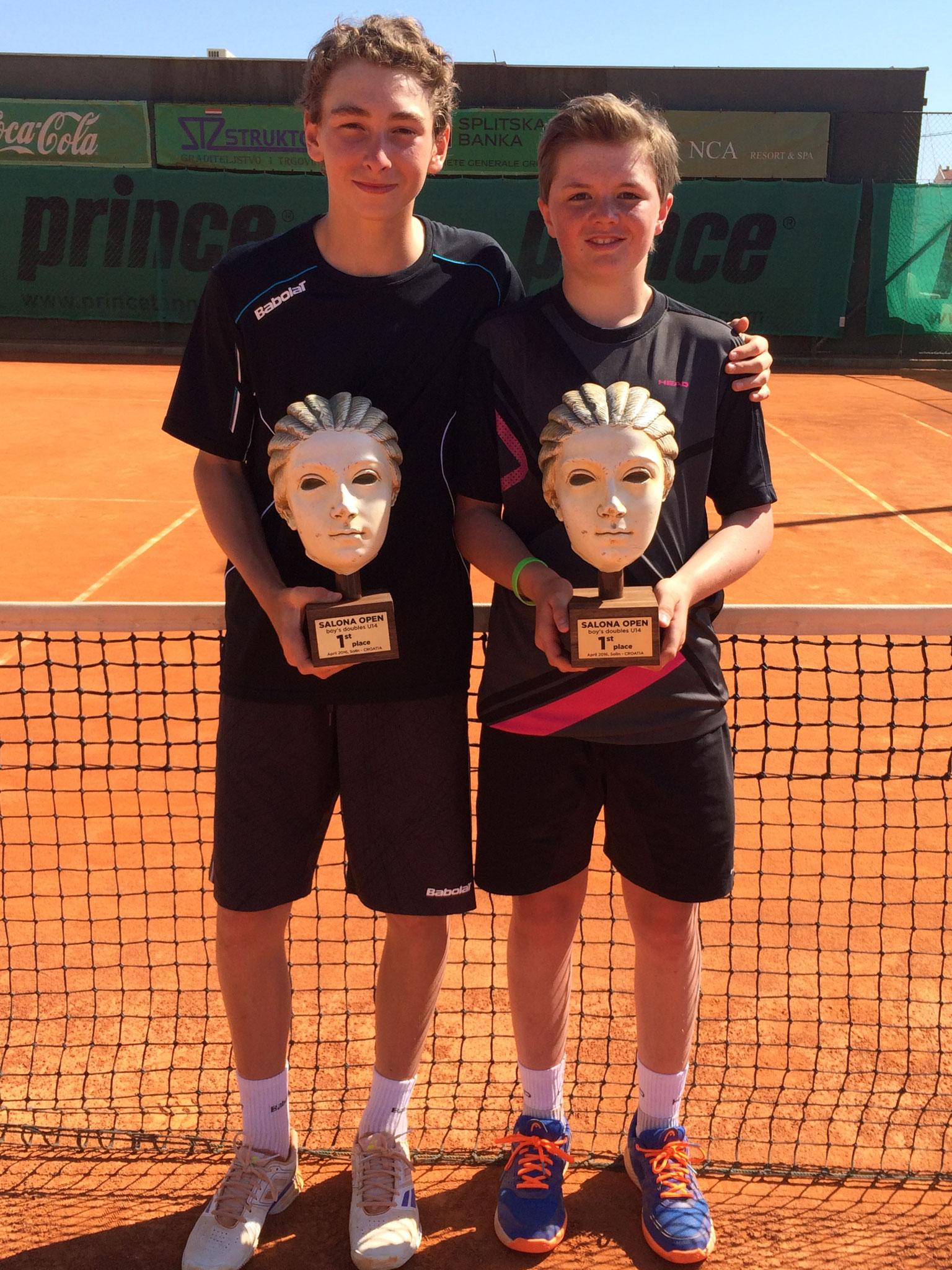 Mit seinem Doppelpartner Romain Faucon aus Belgien.