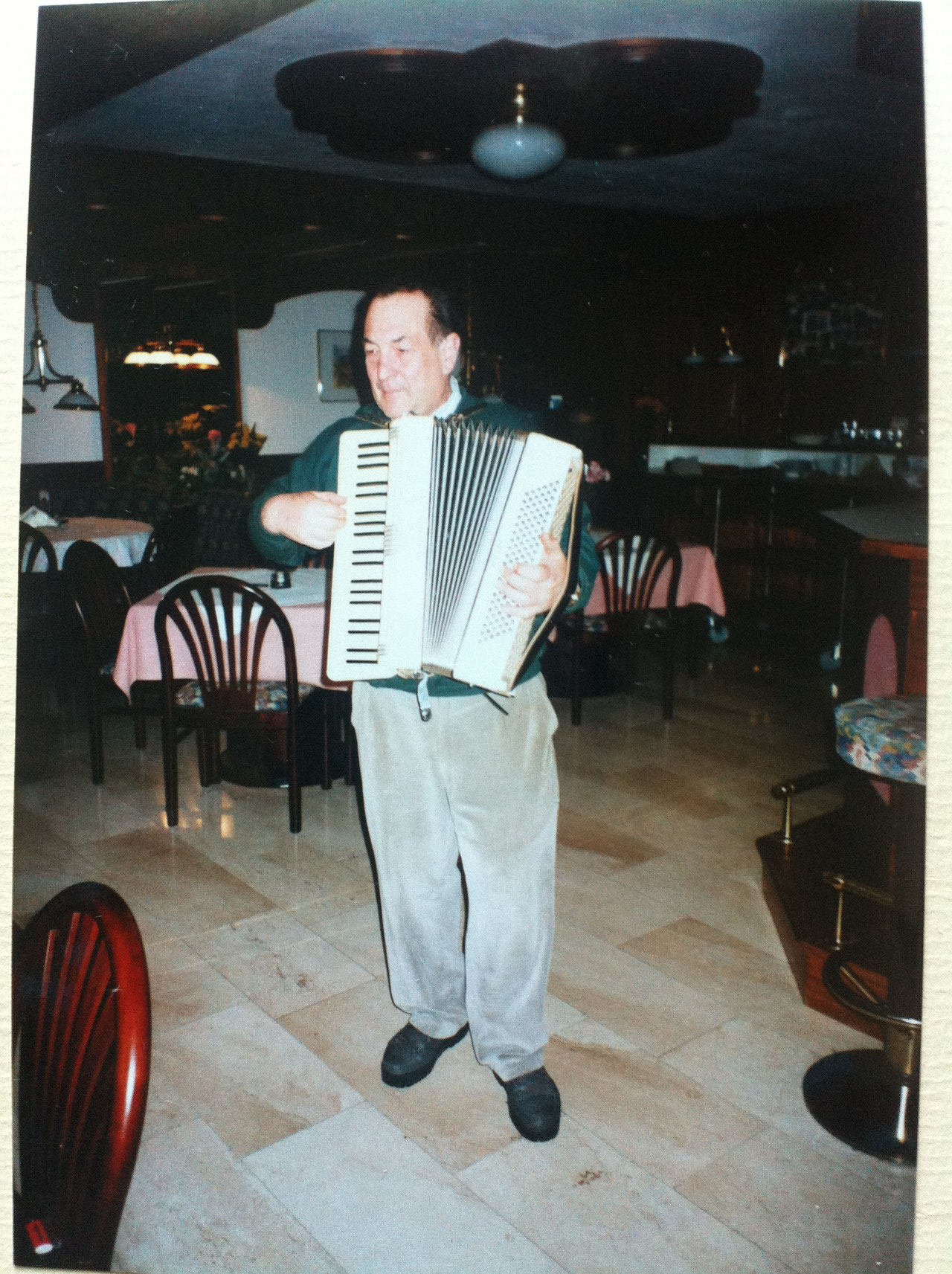 Sen. Chef Fritz 1990