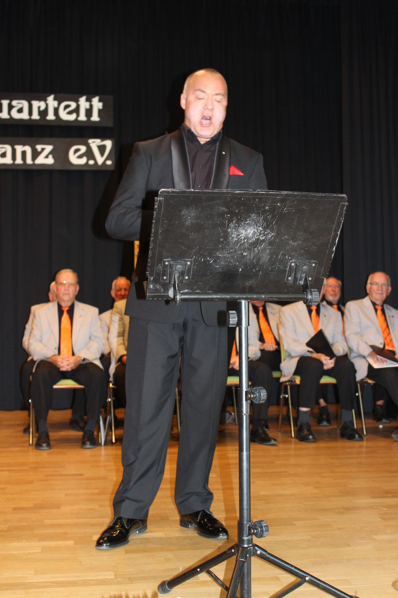 Steffan Zier von den Mainzer Hofsängern bei einem Solopart