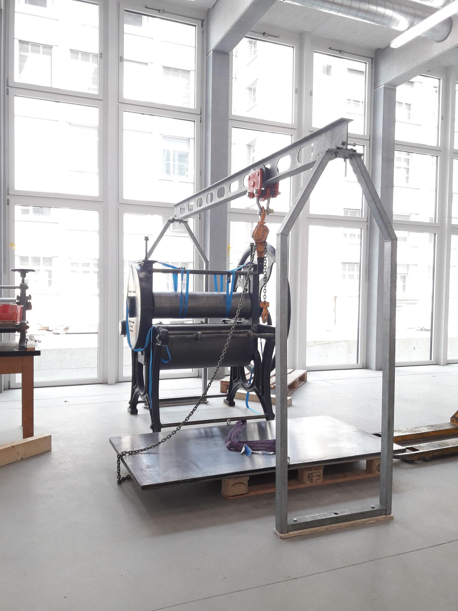 Montage und Demontage von Druckmaschinen