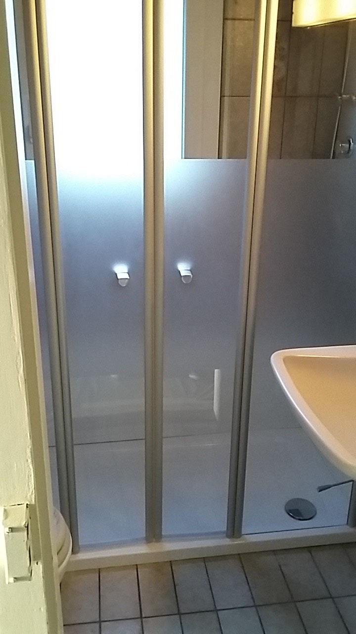 wanne zu dusche wannentechnik gmbh ronny gasser badewannenwechsel duschwannenwechsel. Black Bedroom Furniture Sets. Home Design Ideas