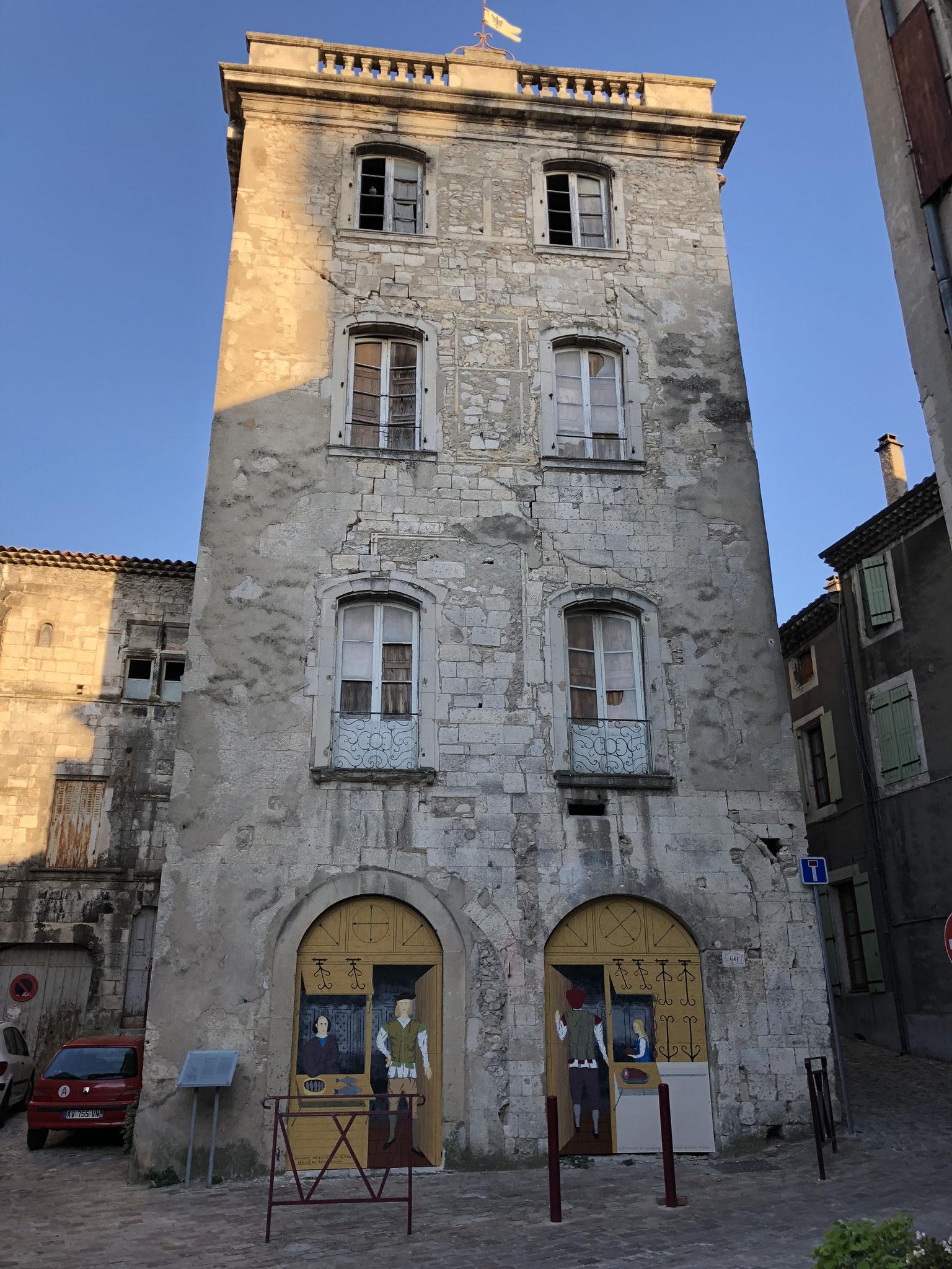 Maison de l'Estrade place de la République