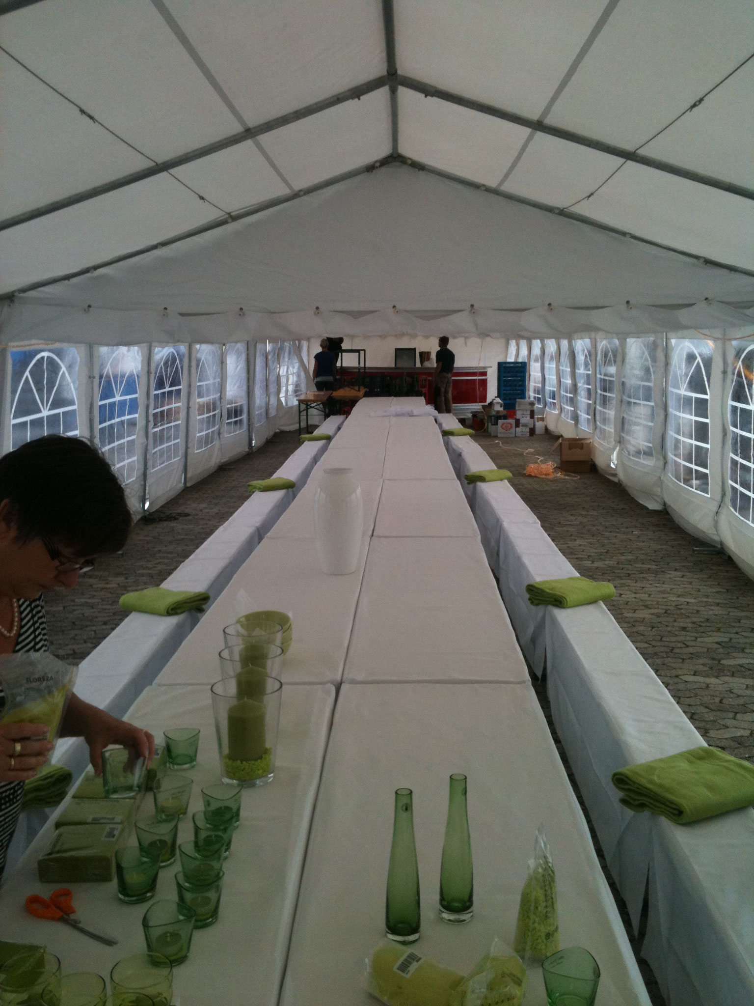 Tisch XXL Tafel mieten in Kiel