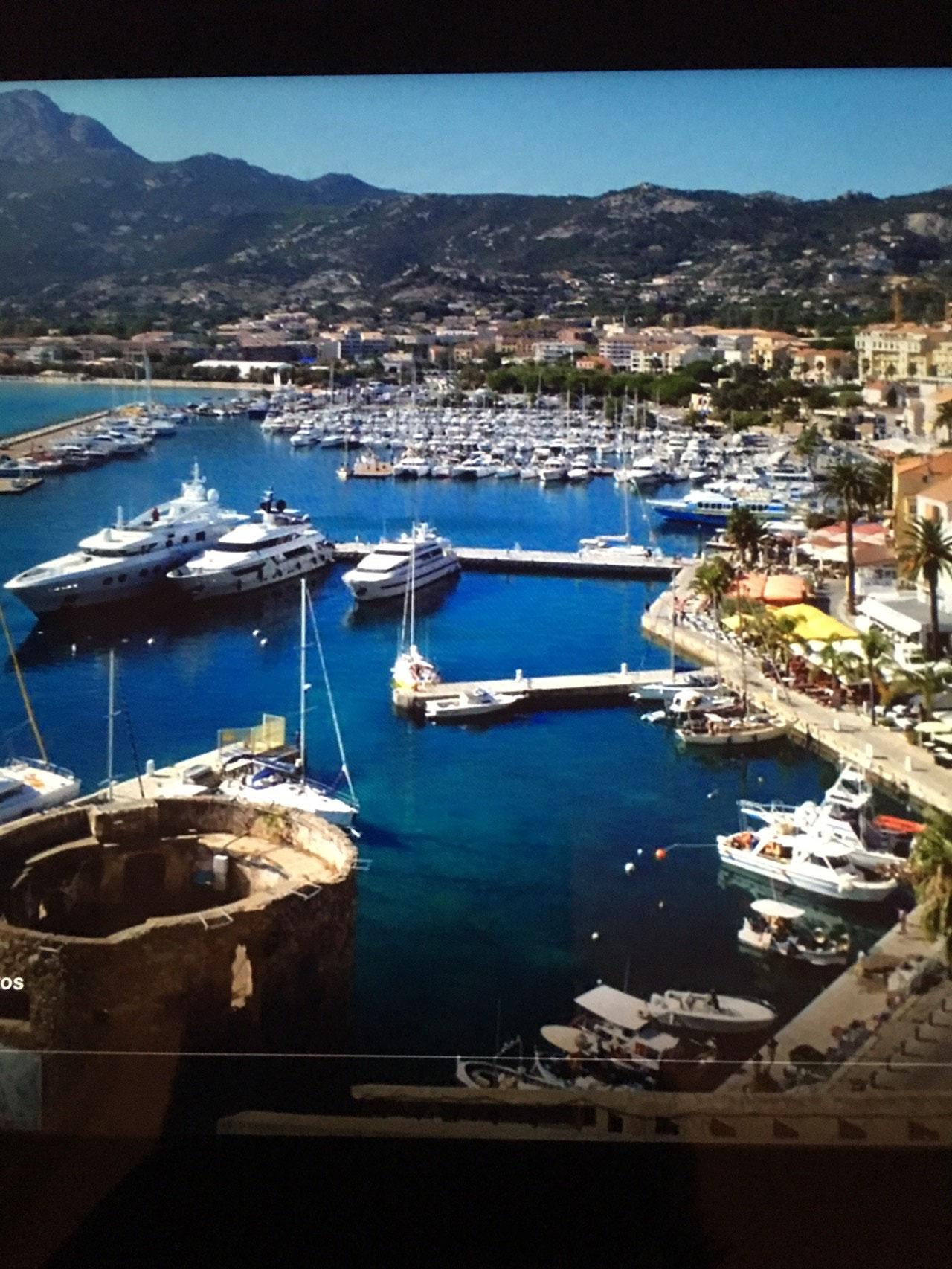 Le port d'Ajaccio dans toute sa splendeur !