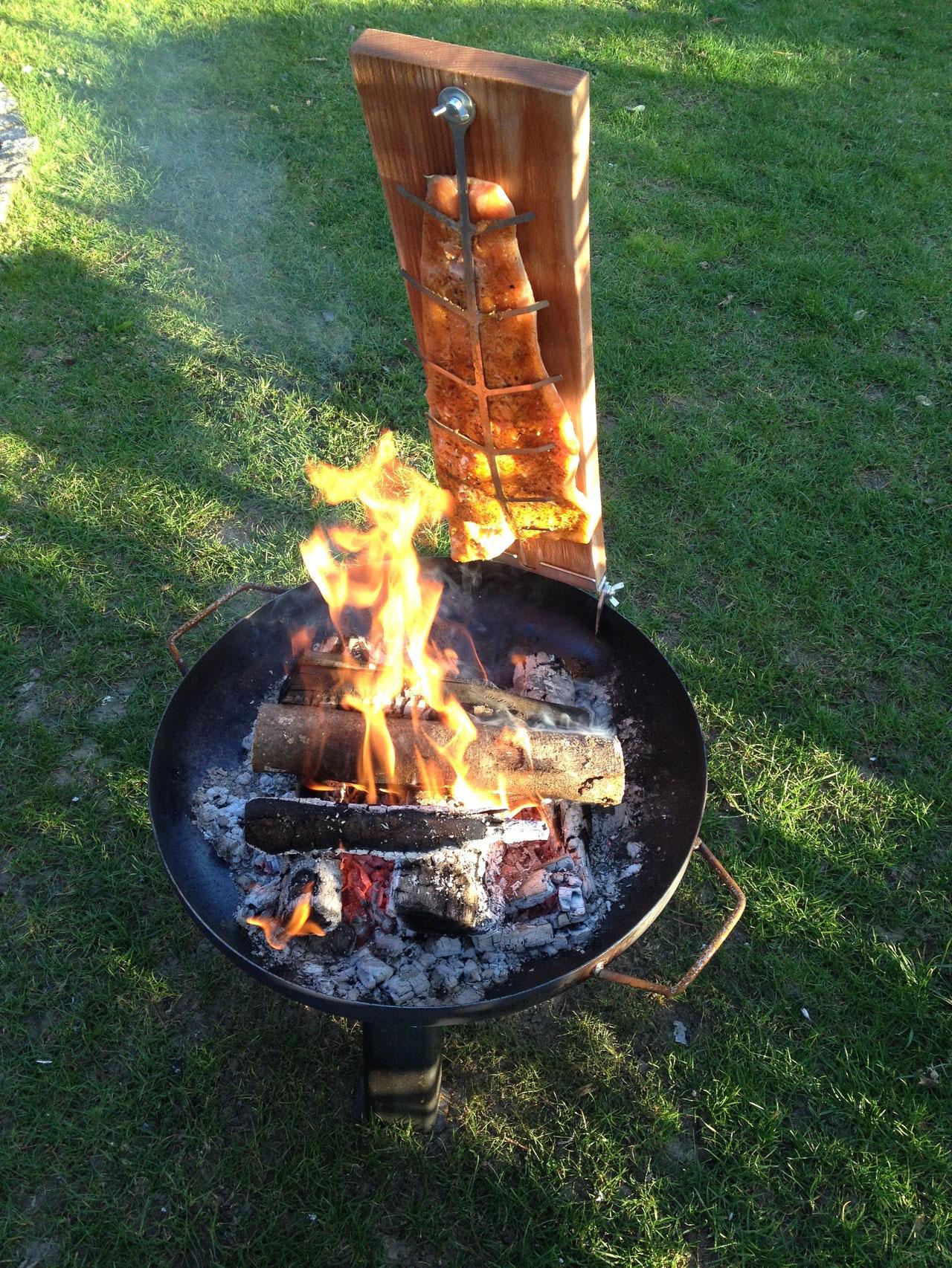 nomadcampers Feuerlachs / Flammlachs