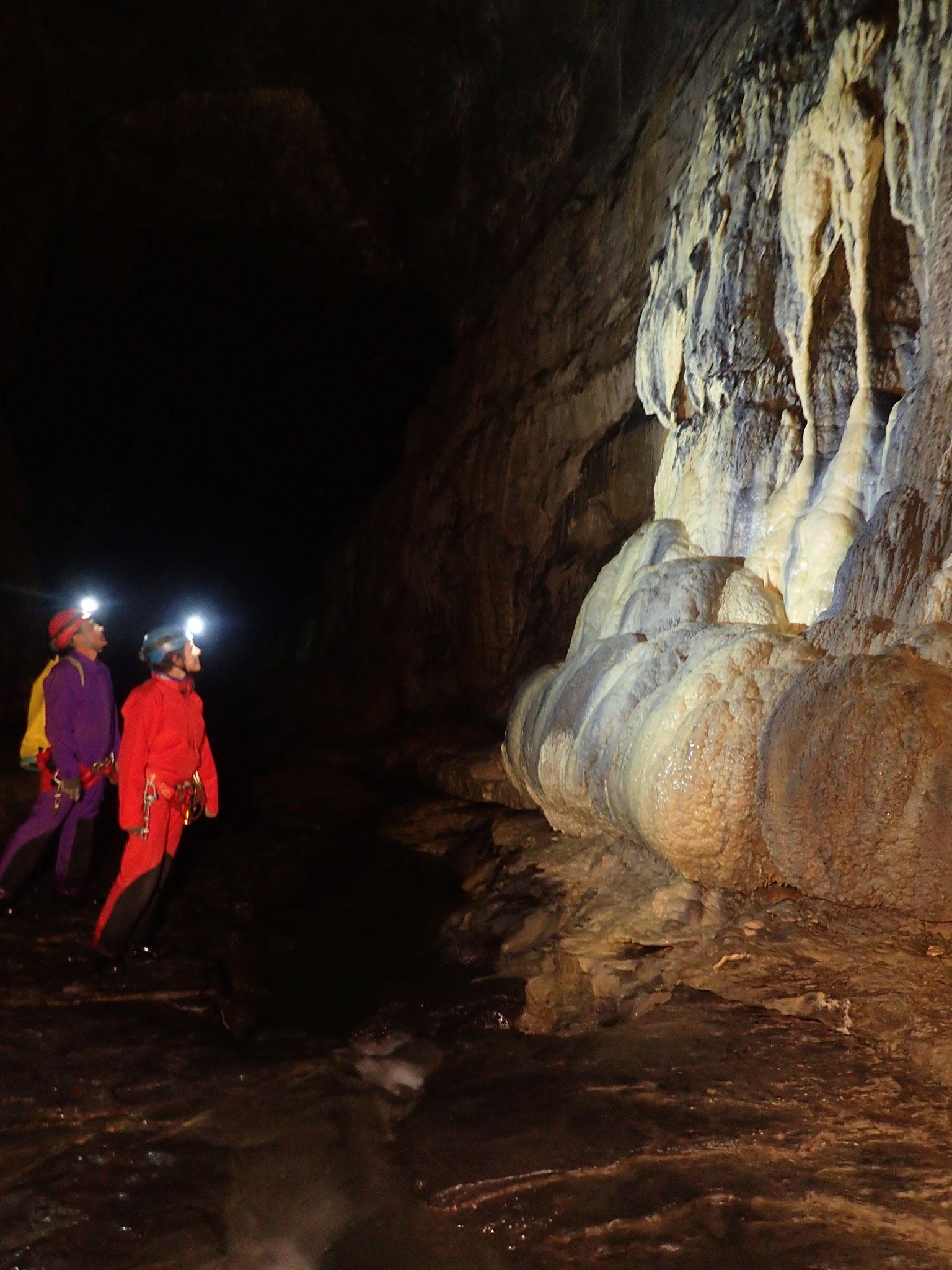 Galerie grotte des Eaux Chaudes
