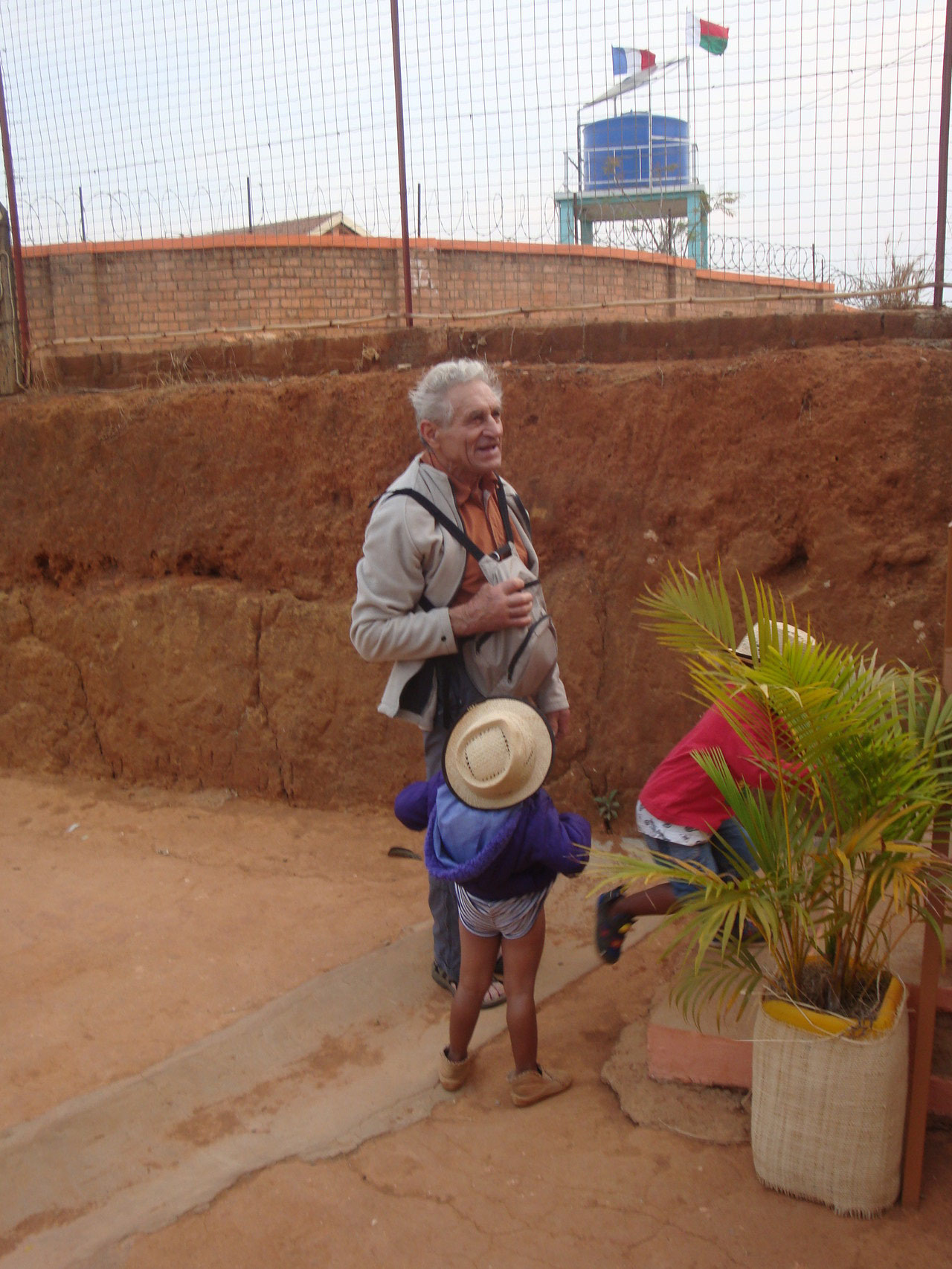 Visite d'Aina -  Voyage solidaire