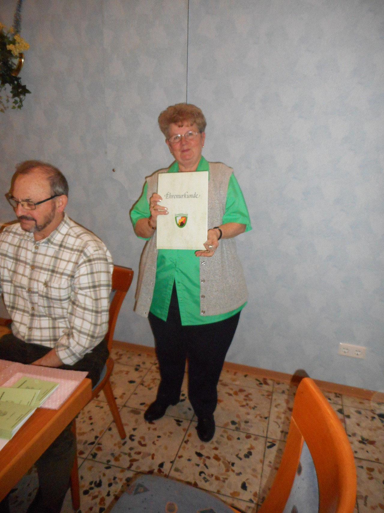 Auszeichnung für Elfi Knopp