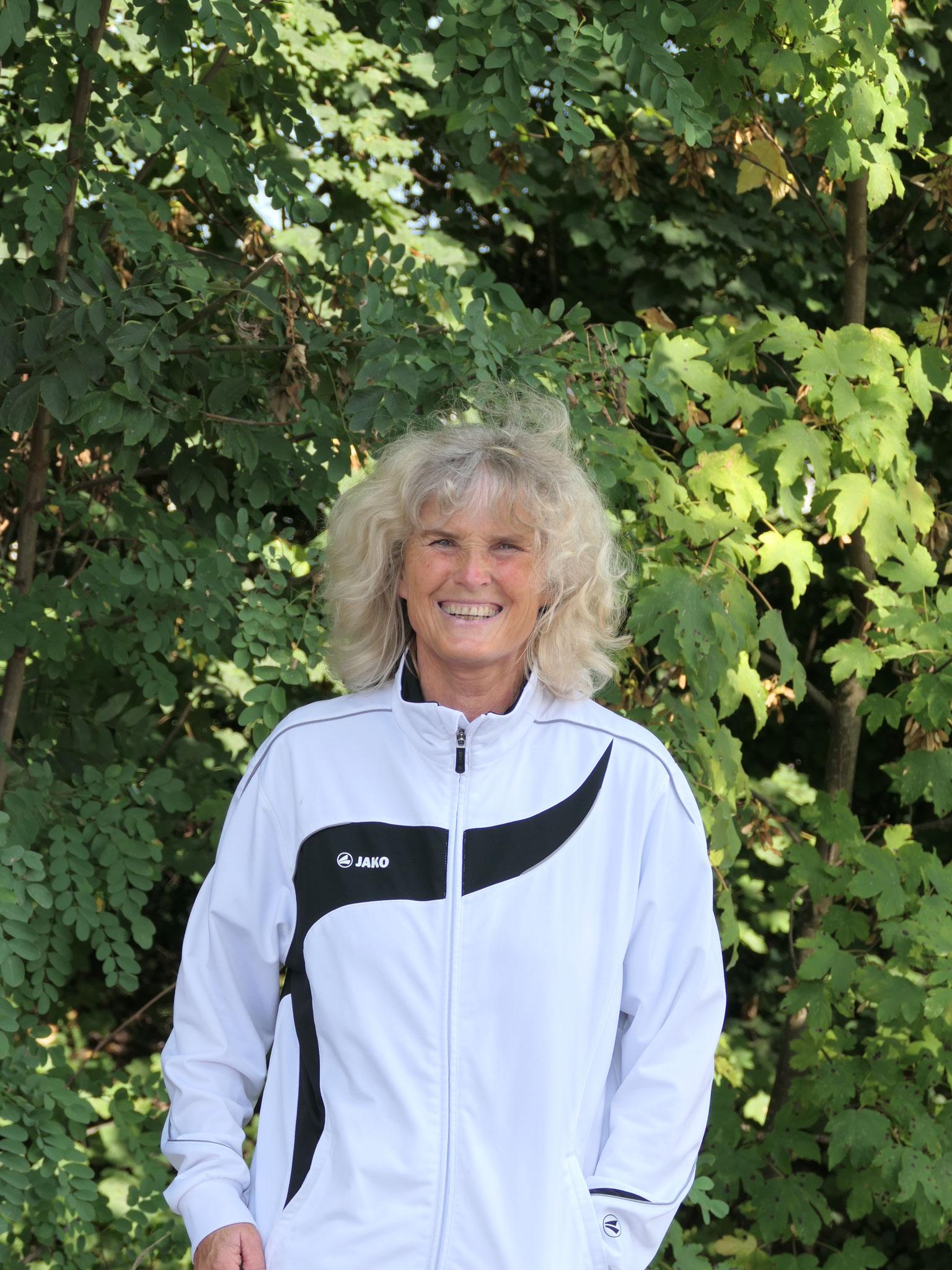 Heidi Brandt - Breitensport & Leistungsgruppe - longiert Quidam