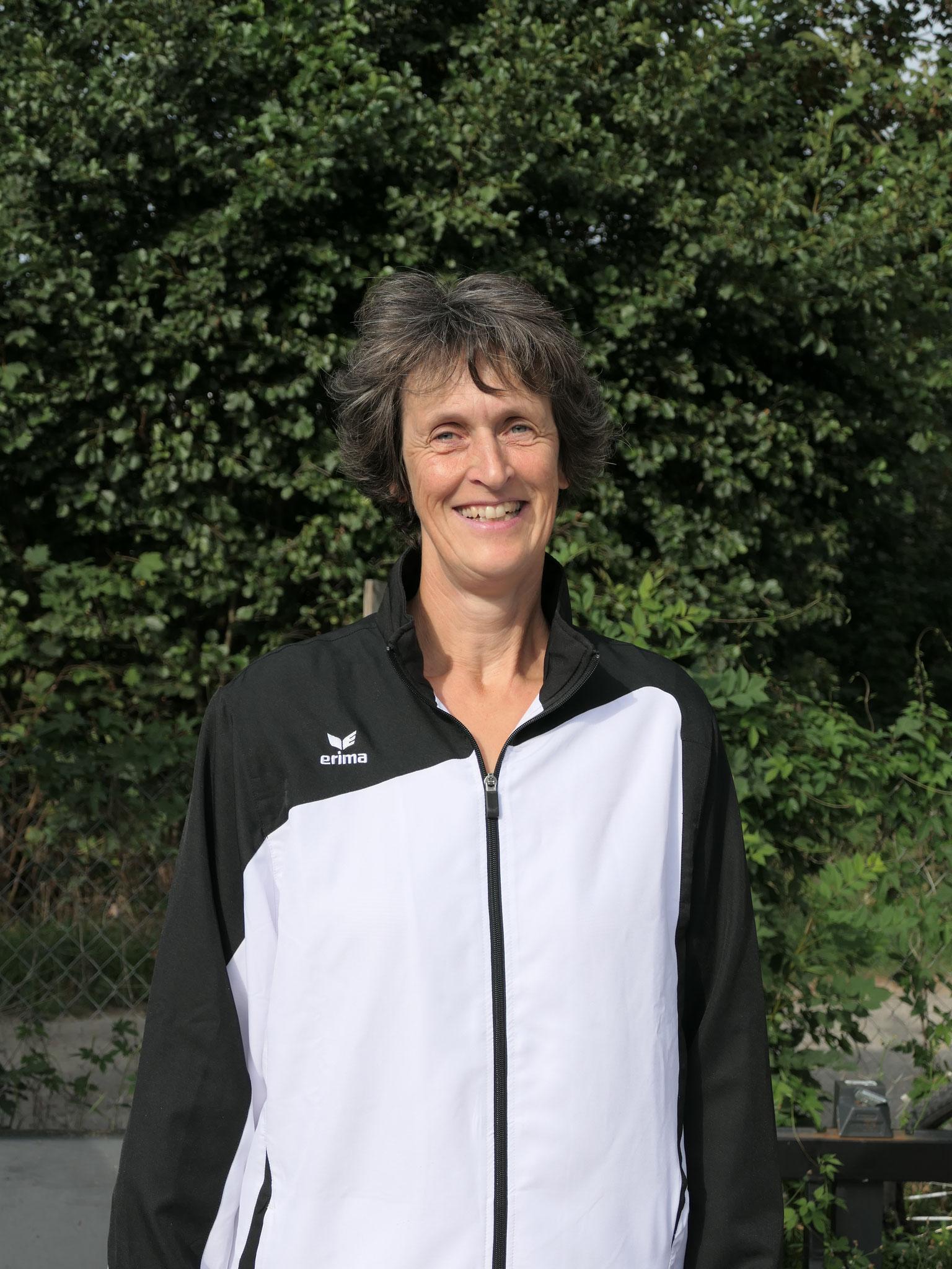 Ruth Maier - Breitensportgruppen - longiert Toni