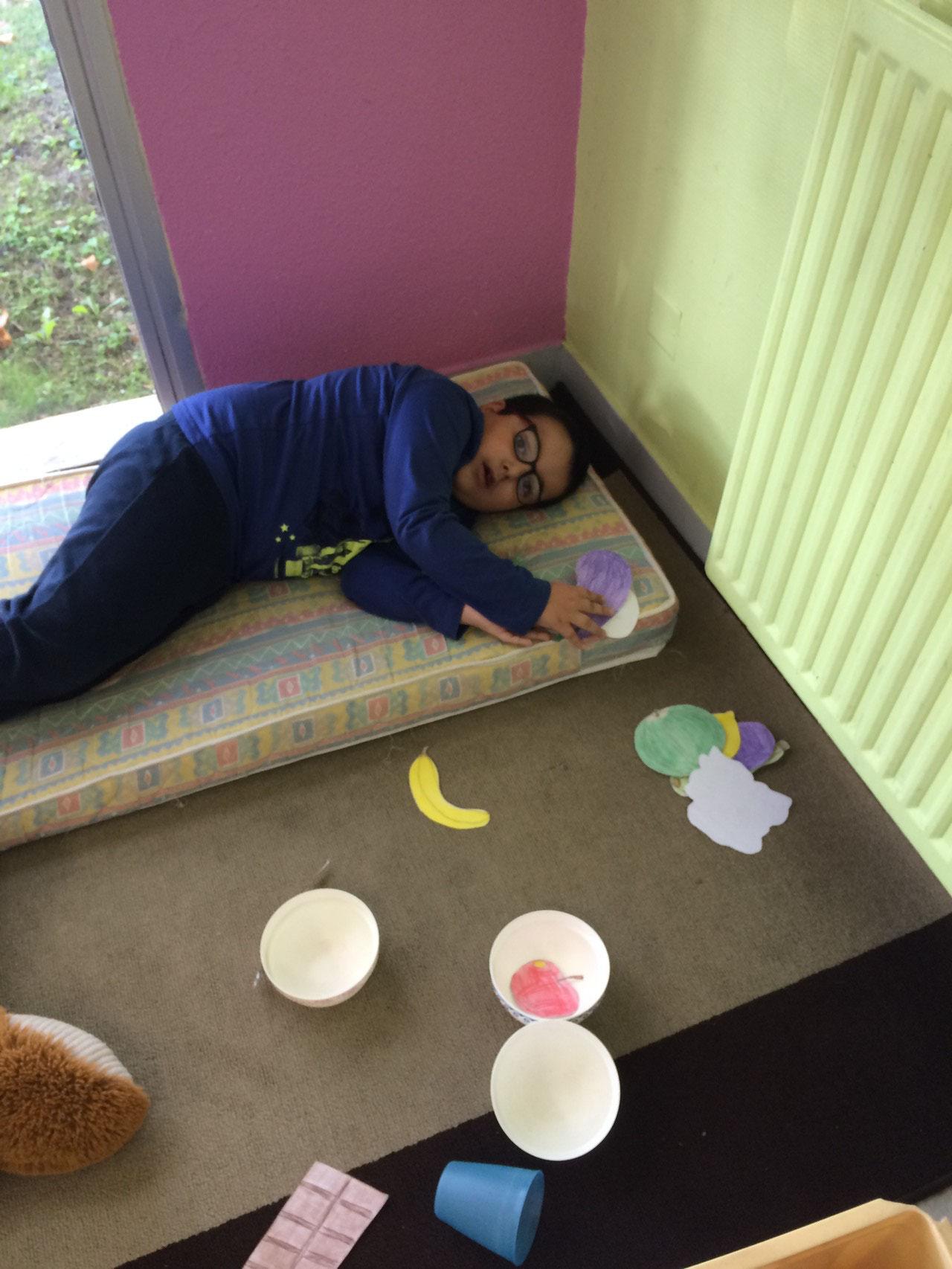 Petite pause pour Yohan après la piscine