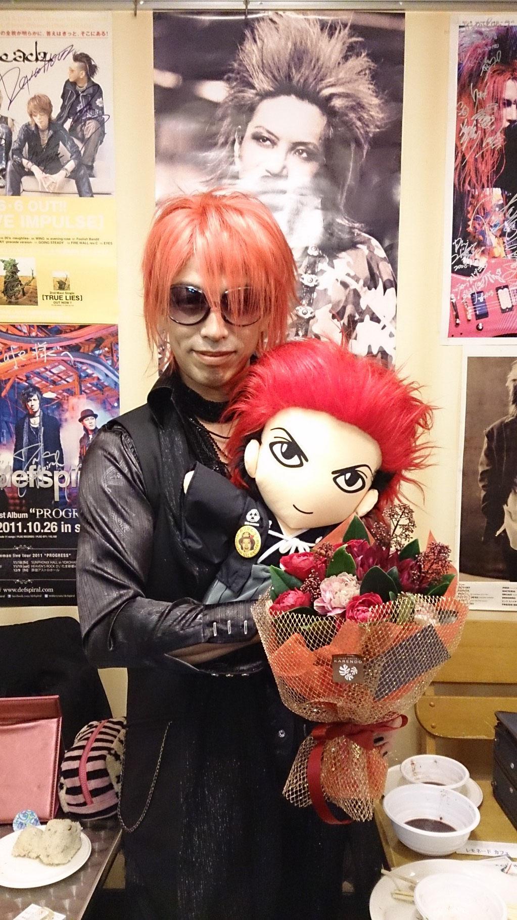 お正月バージョンのhideさんと記念写真(^-^)