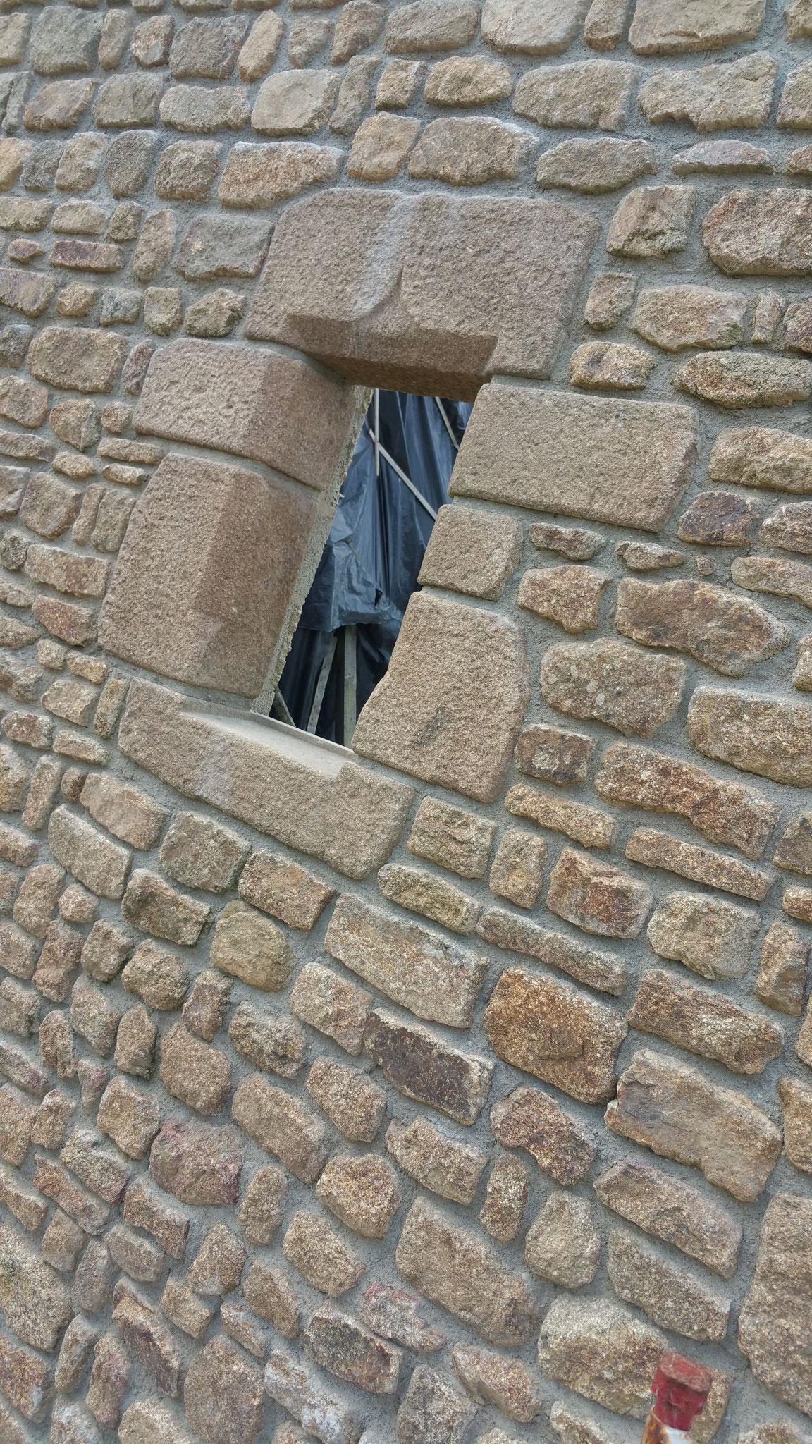 ouverture fenêtre granit vieilli