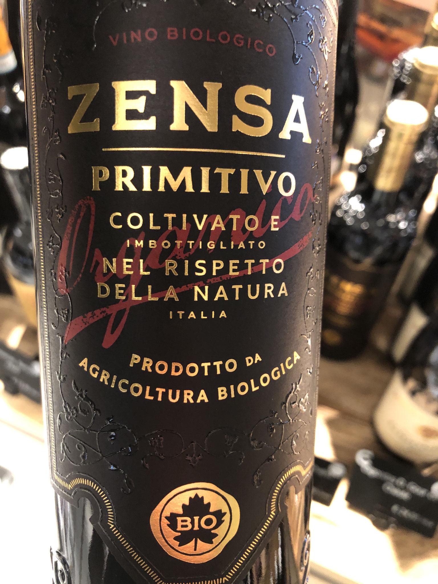 Primitieve uit Pugliavan zelfde producent als Zensa fiano. Intens van kleur en neus: zwart fruit. Zijdeachtige tannines, krachtig, vol, chocolade en kers in finale.