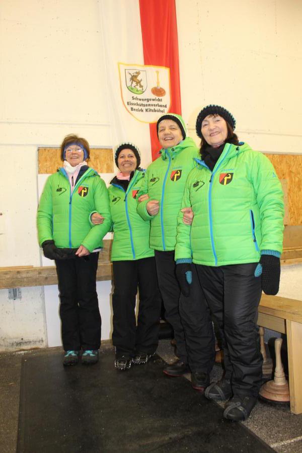 4. EC Oberndorf II - Maria Hechenberger, Monique Kaufmann, Sabine Trabi, Emmi Brunner