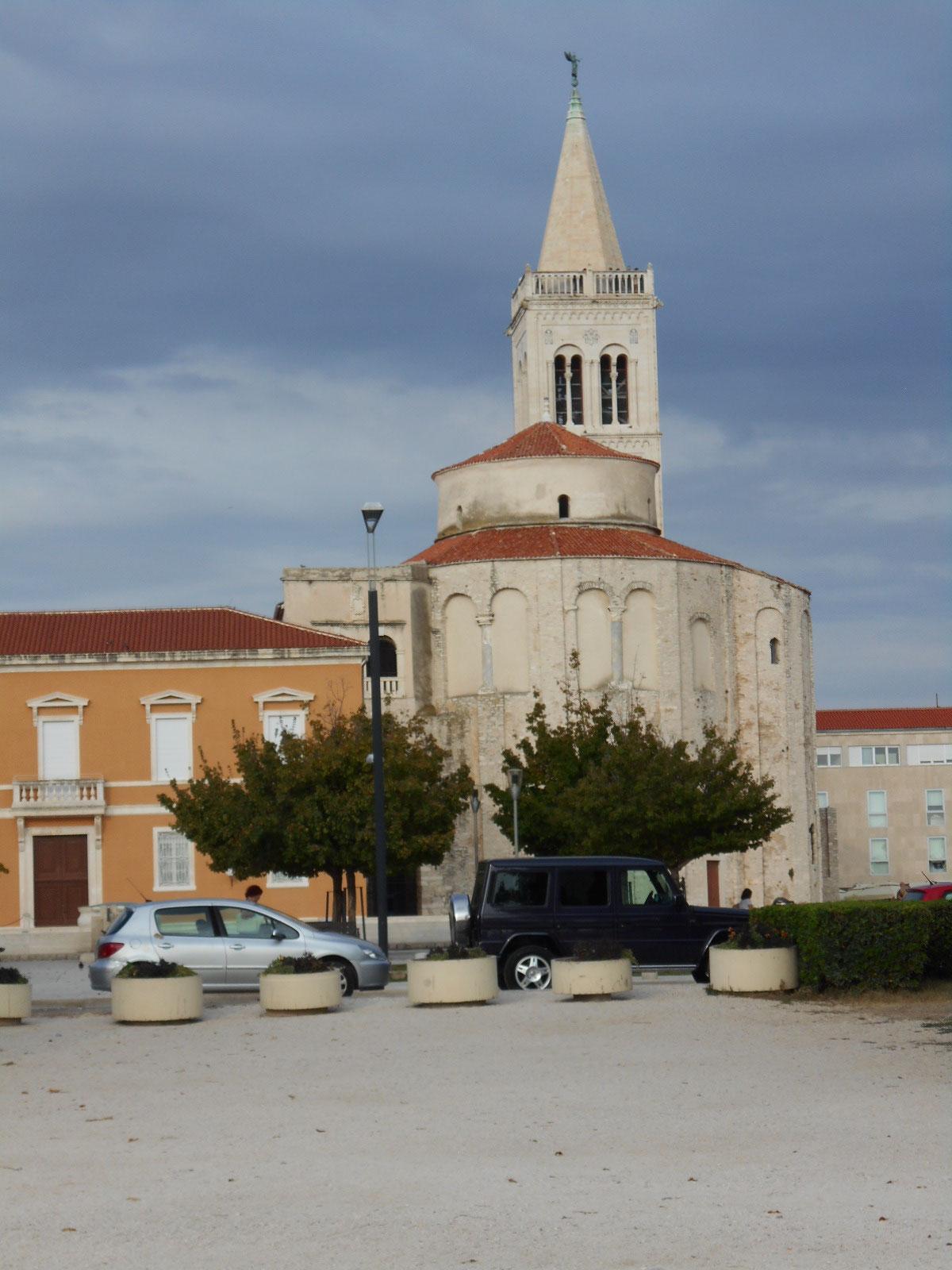 Zadar, Blick auf die Kirche St. Donat