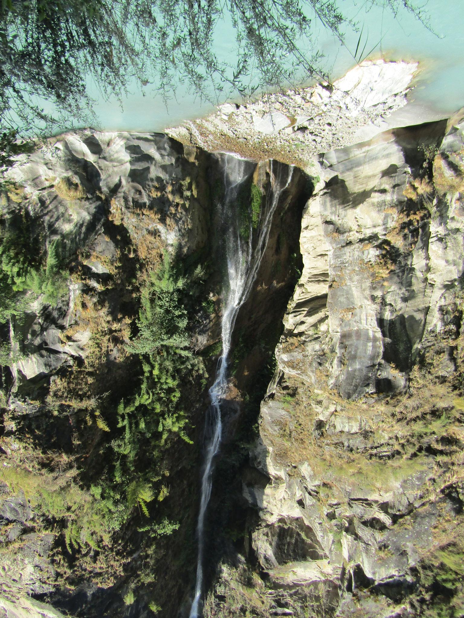 Im Tal der hundert Wasserfälle
