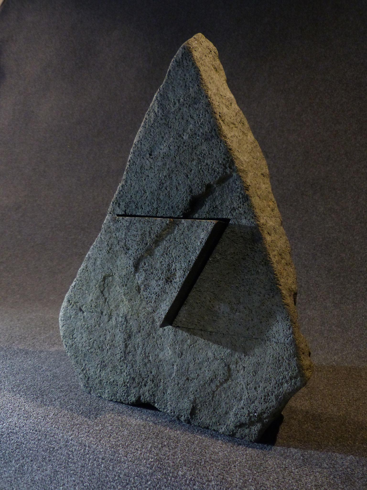 Erratique, le départ - diorite - 50x36x12 cm