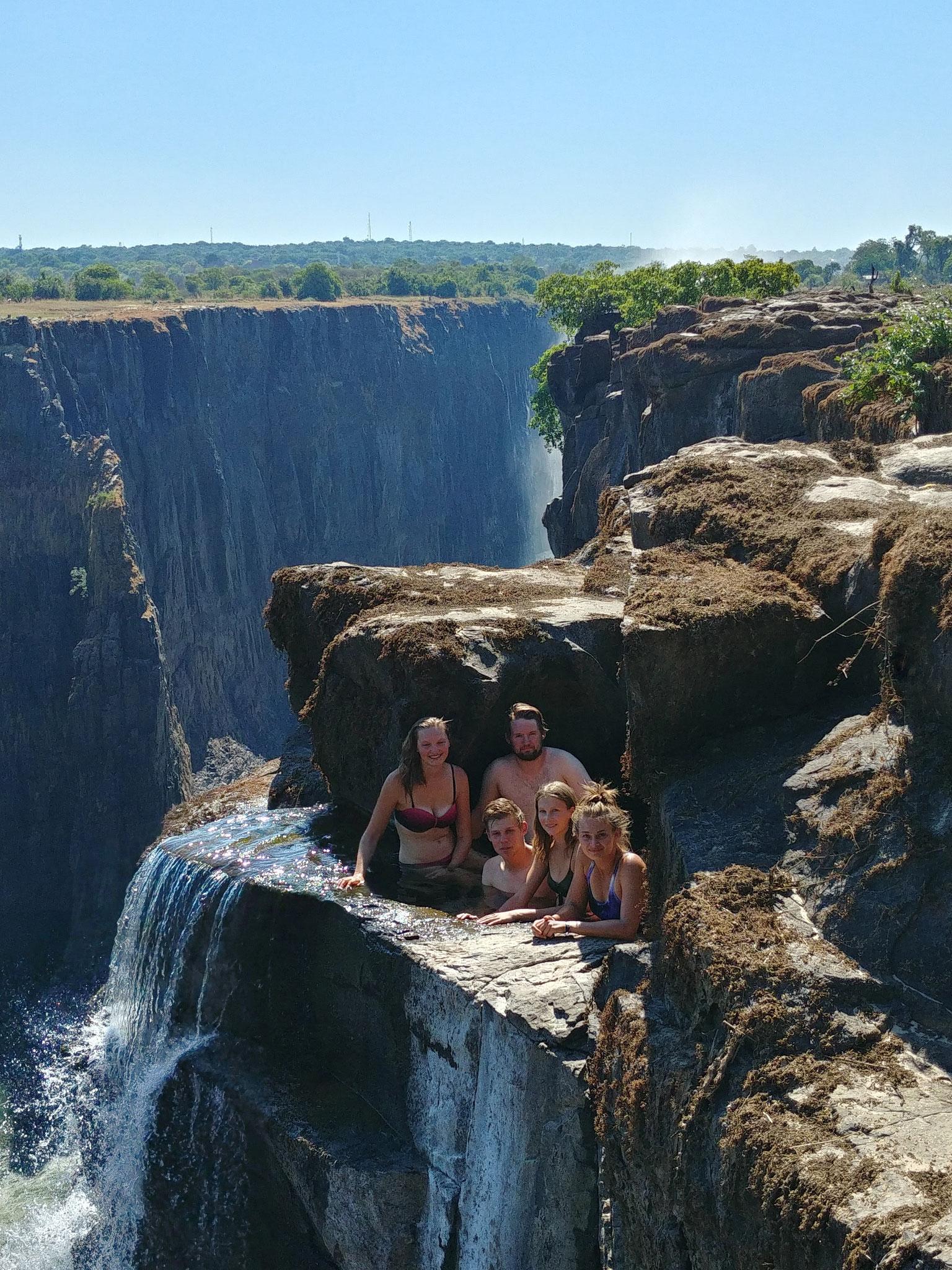 Baden in den Vic Falls