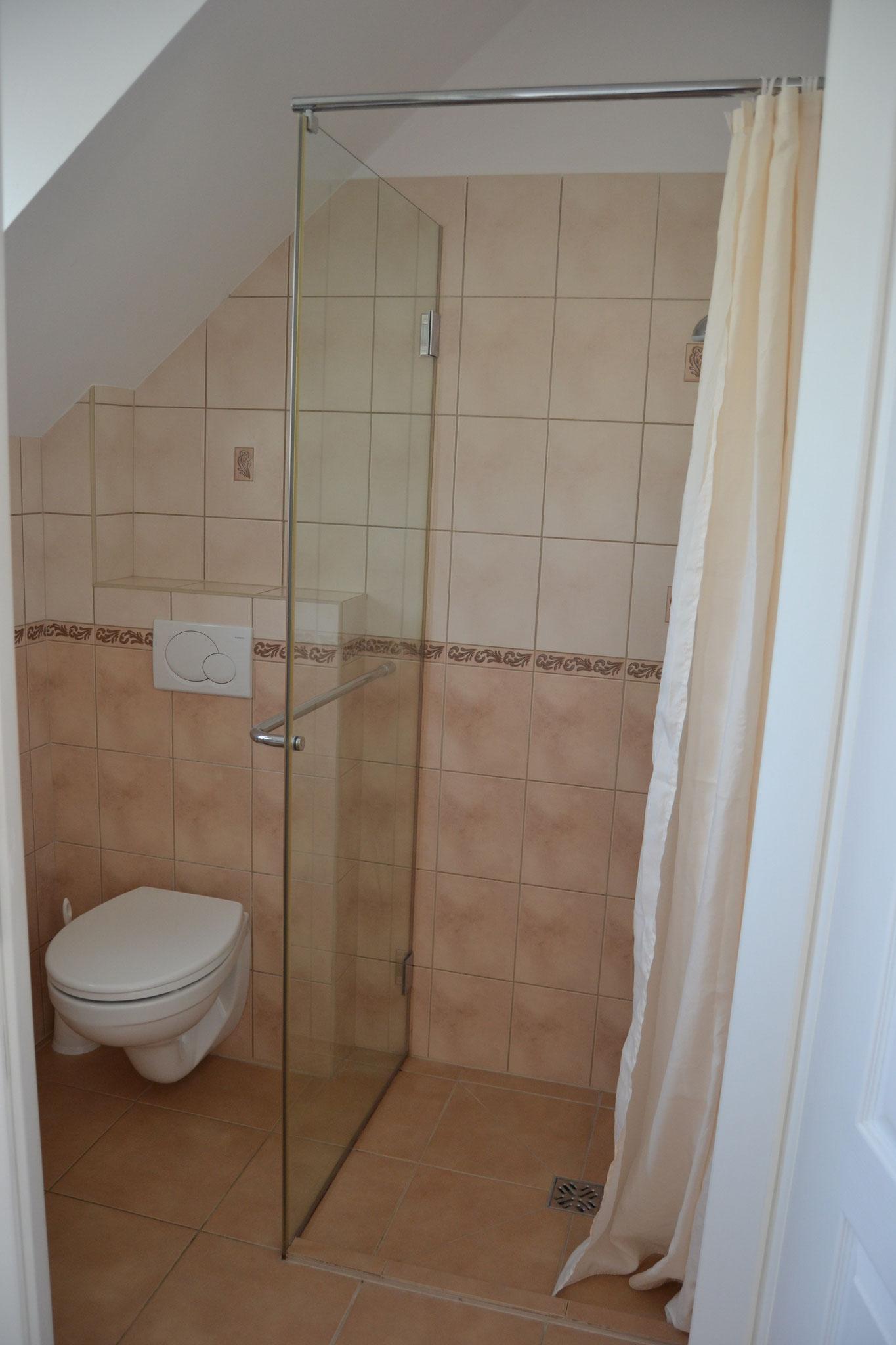 Badezimmer 2 Personenzimmer
