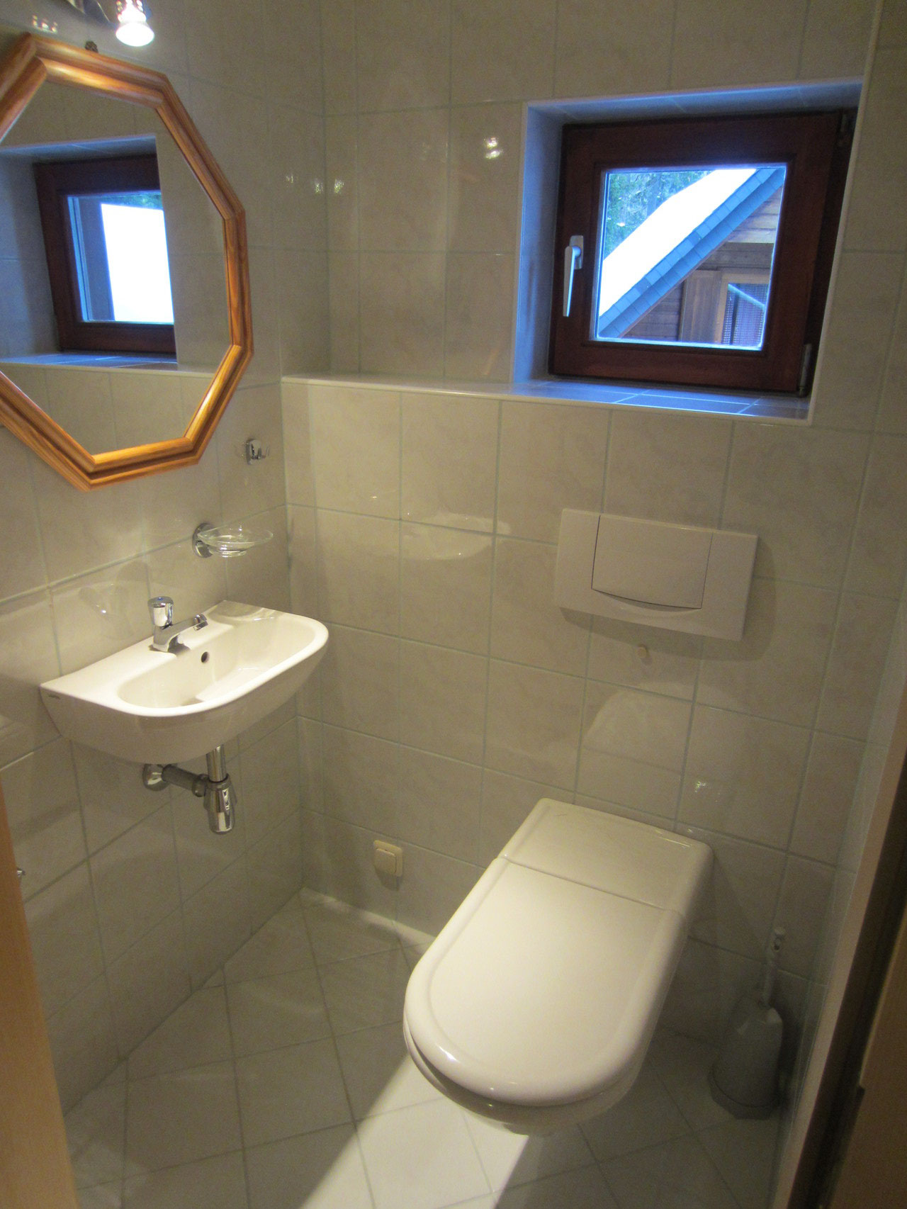 Zirbenwald Lodge - WC im Wohngeschoss